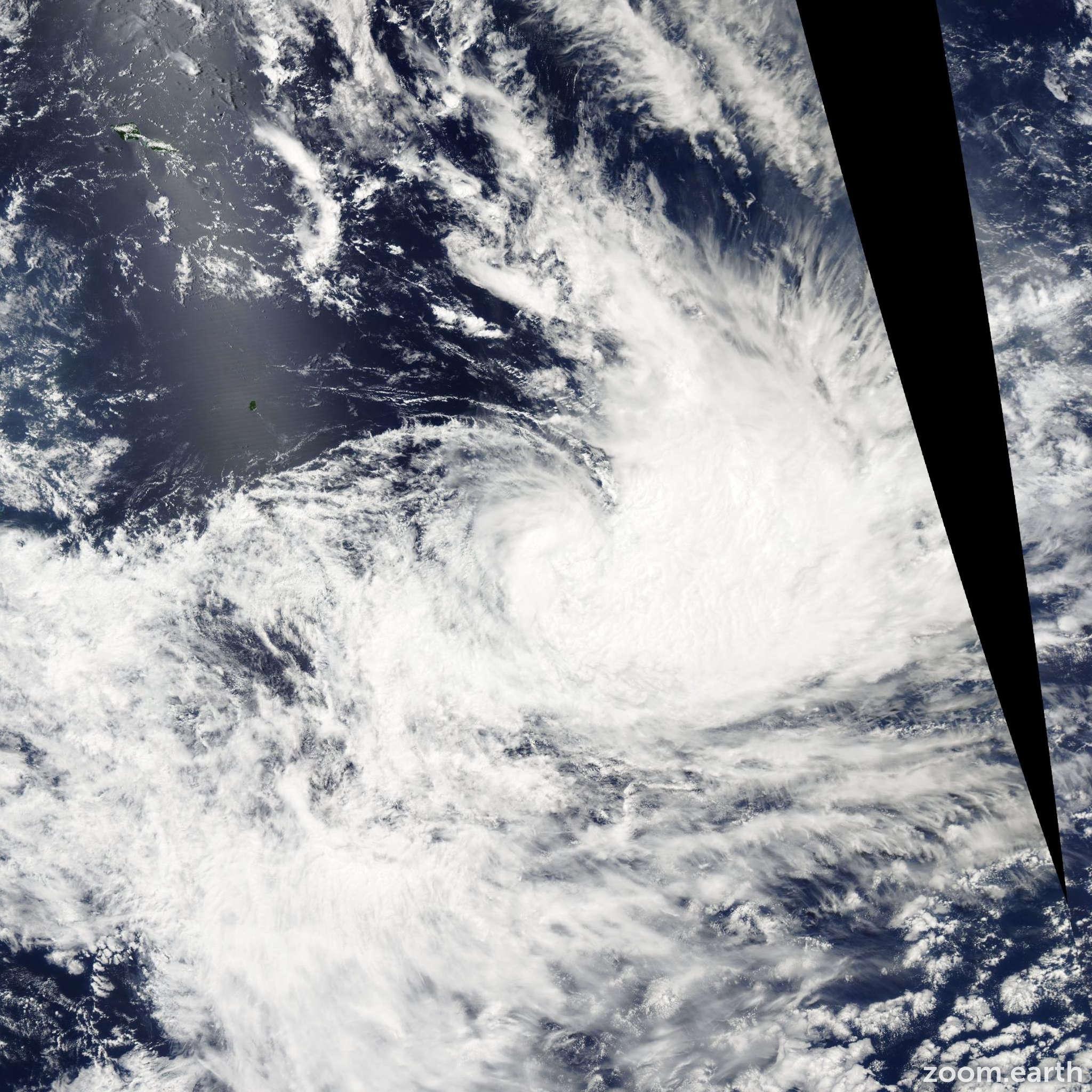 Satellite image of Cyclone Rae 2005