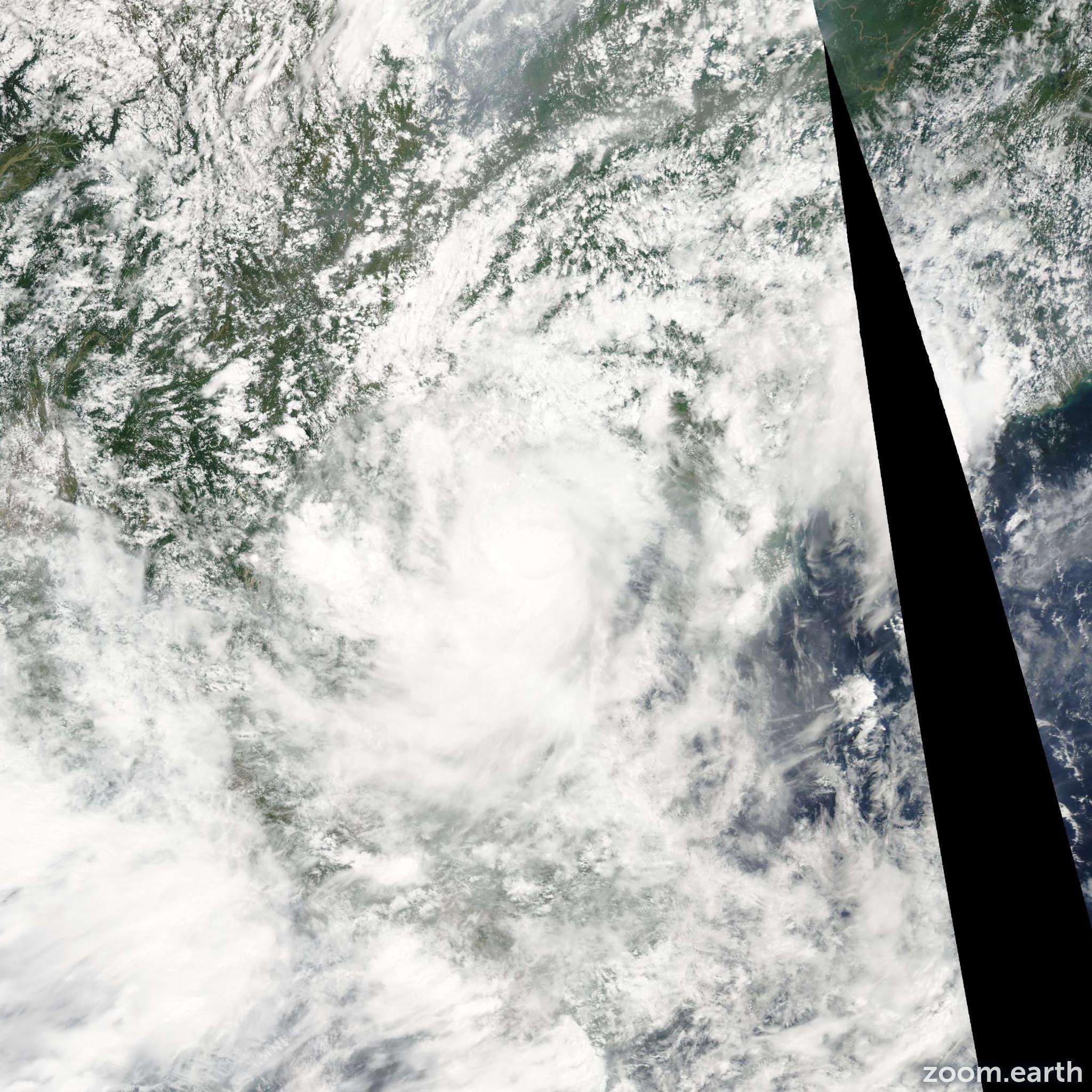 Satellite image of Storm Washi 2005