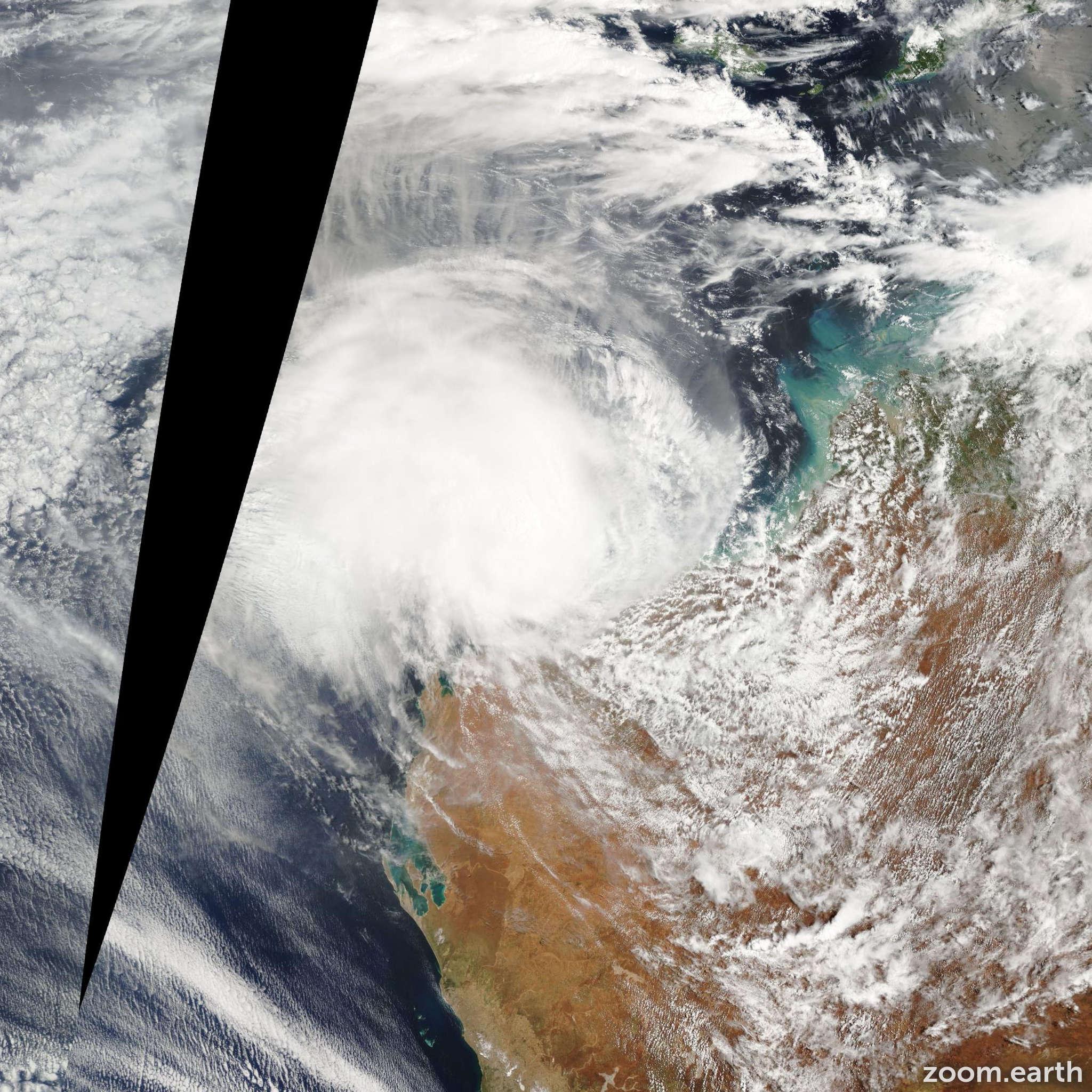 Satellite image of Cyclone Daryl 2006