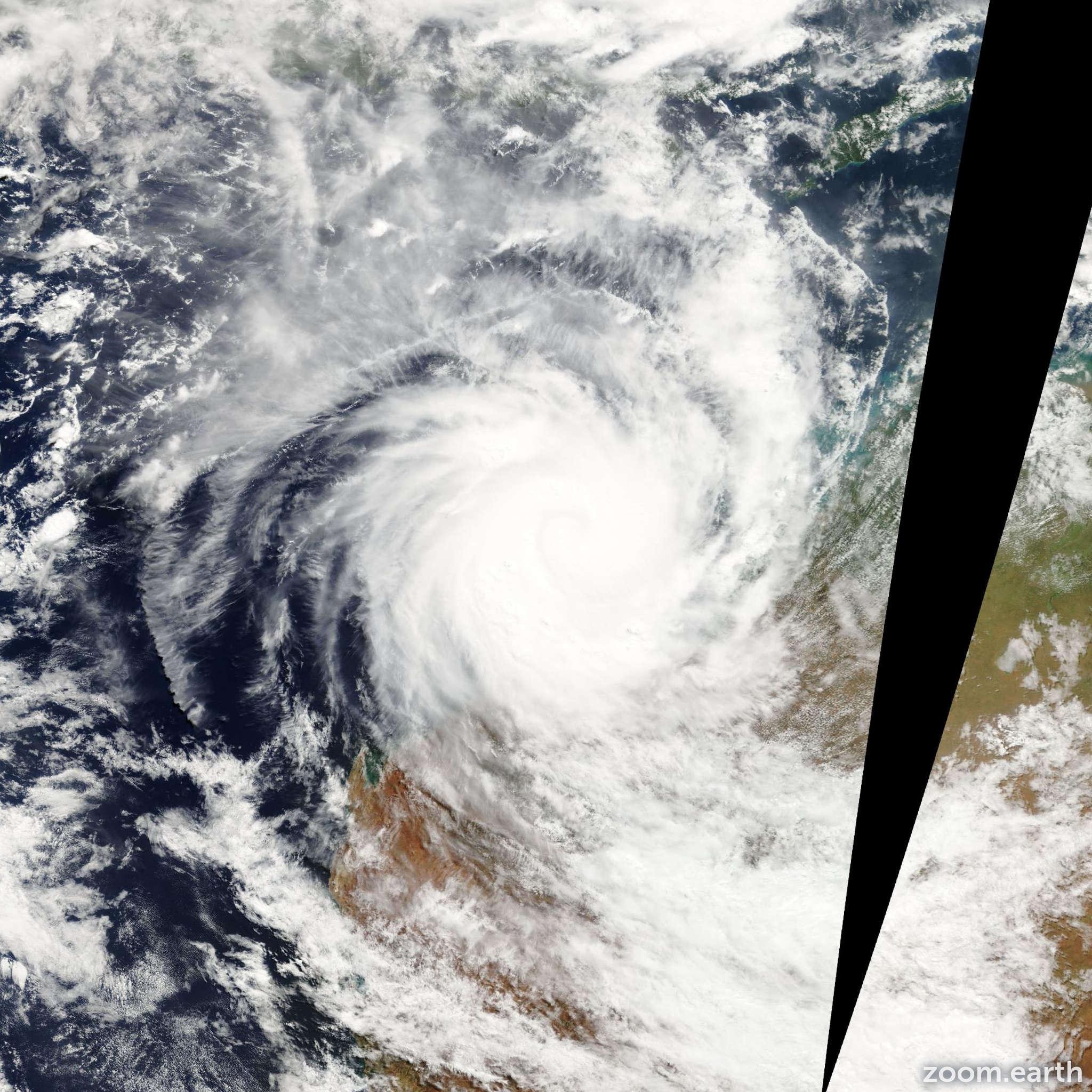 Satellite image of Cyclone Glenda 2006