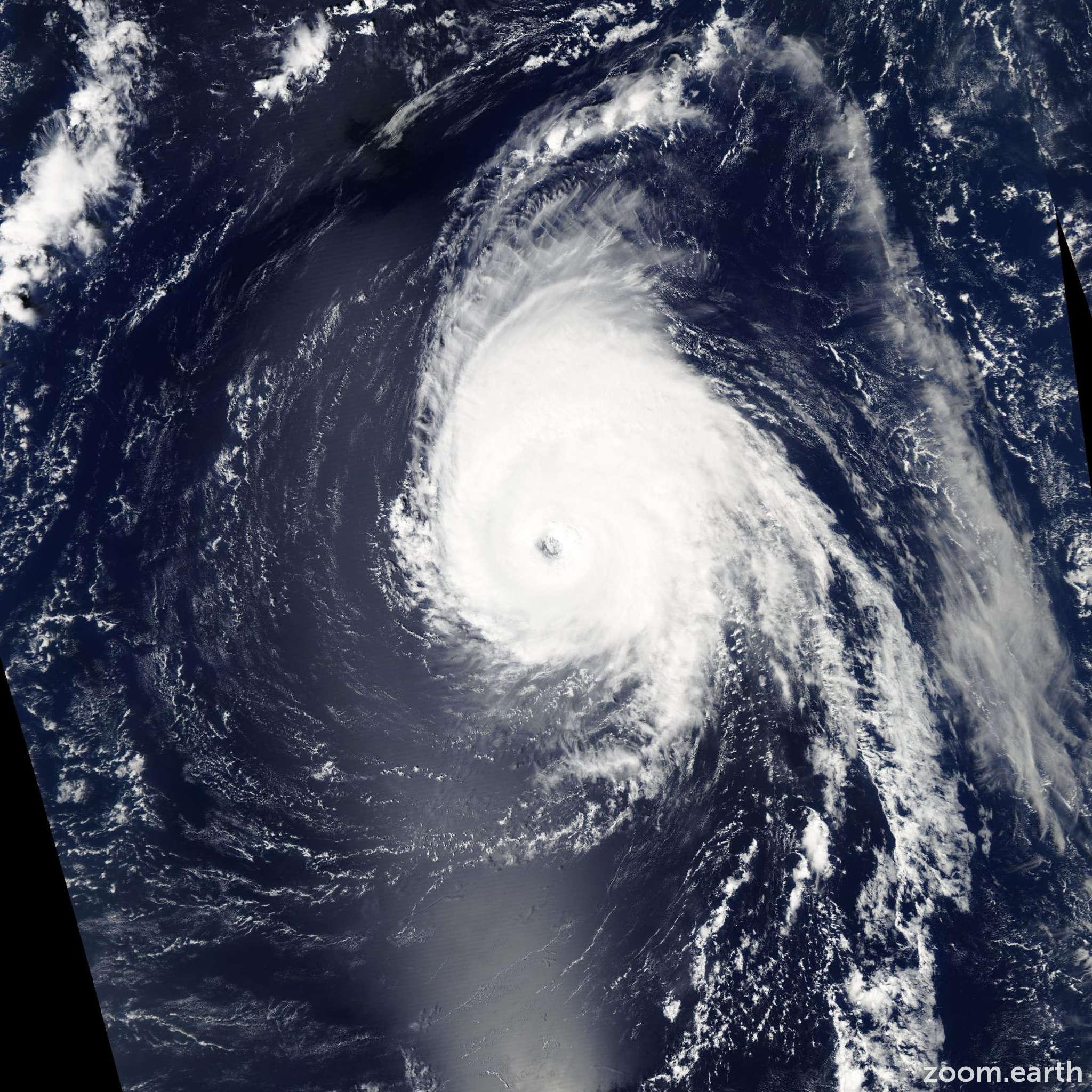 Satellite image of Hurricane Helene 2006