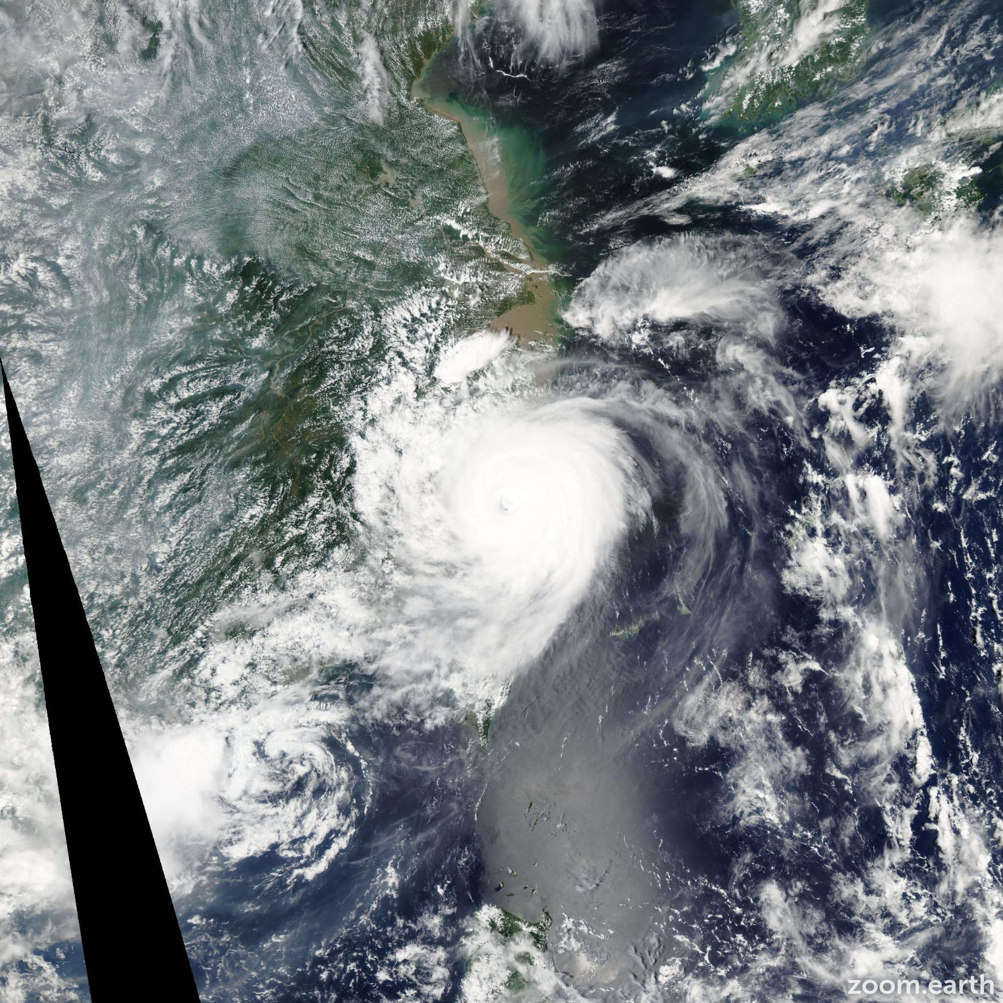 Satellite image of Typhoon Saomai 2006