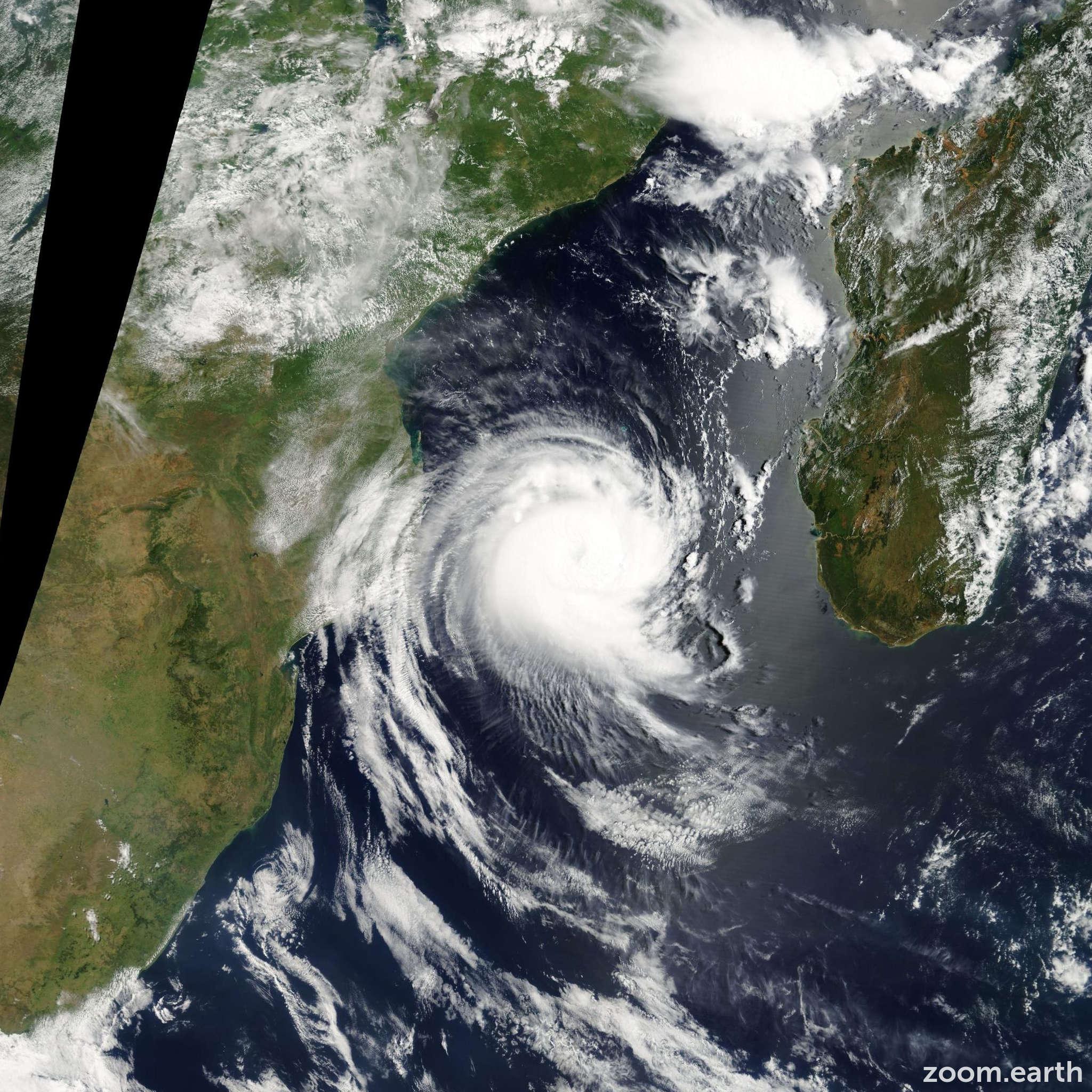 Satellite image of Cyclone Favio 2007