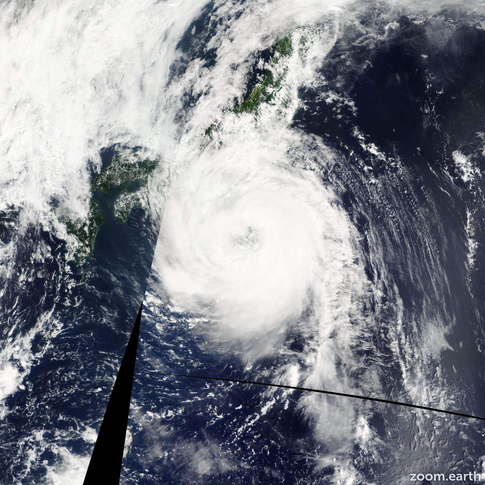 Satellite image of Typhoon Fitow 2007