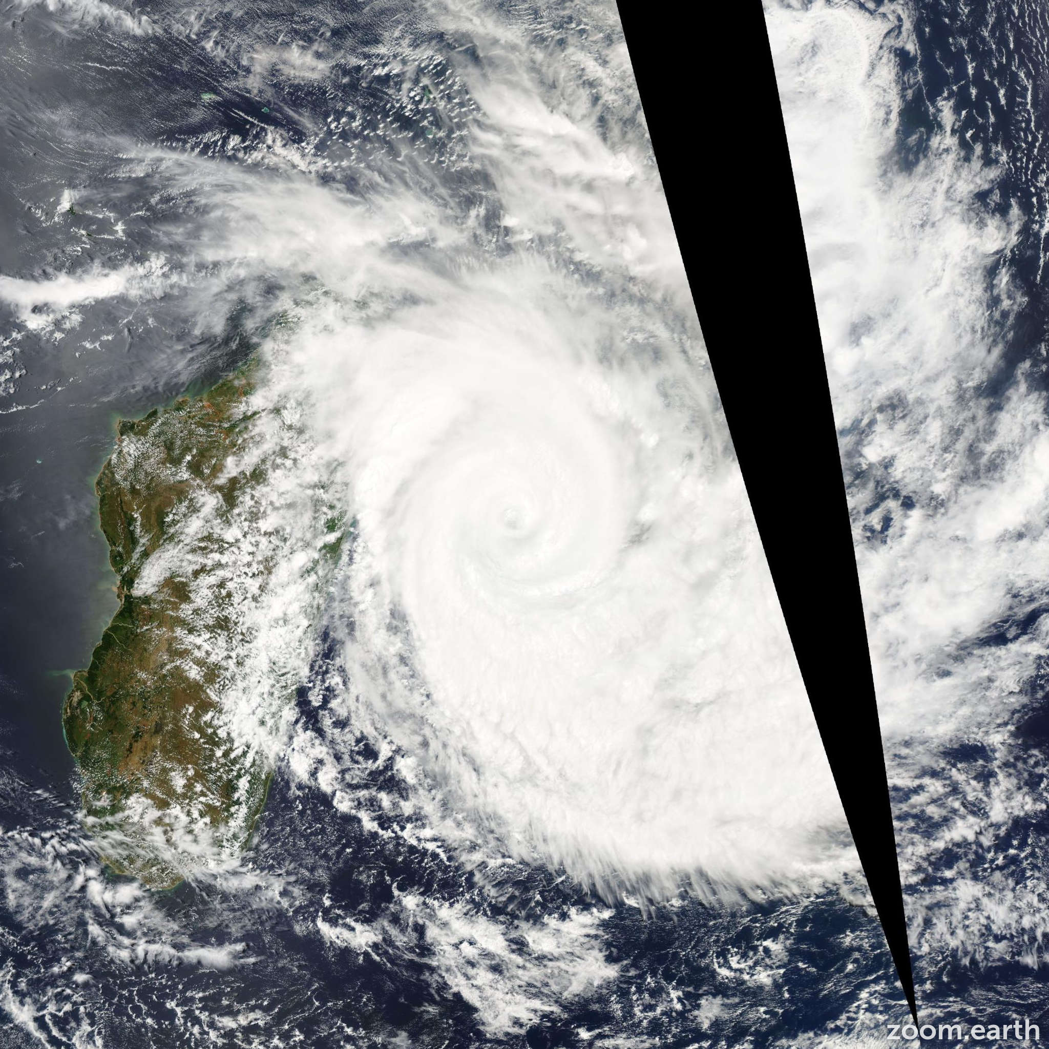 Satellite image of Cyclone Gamede 2007