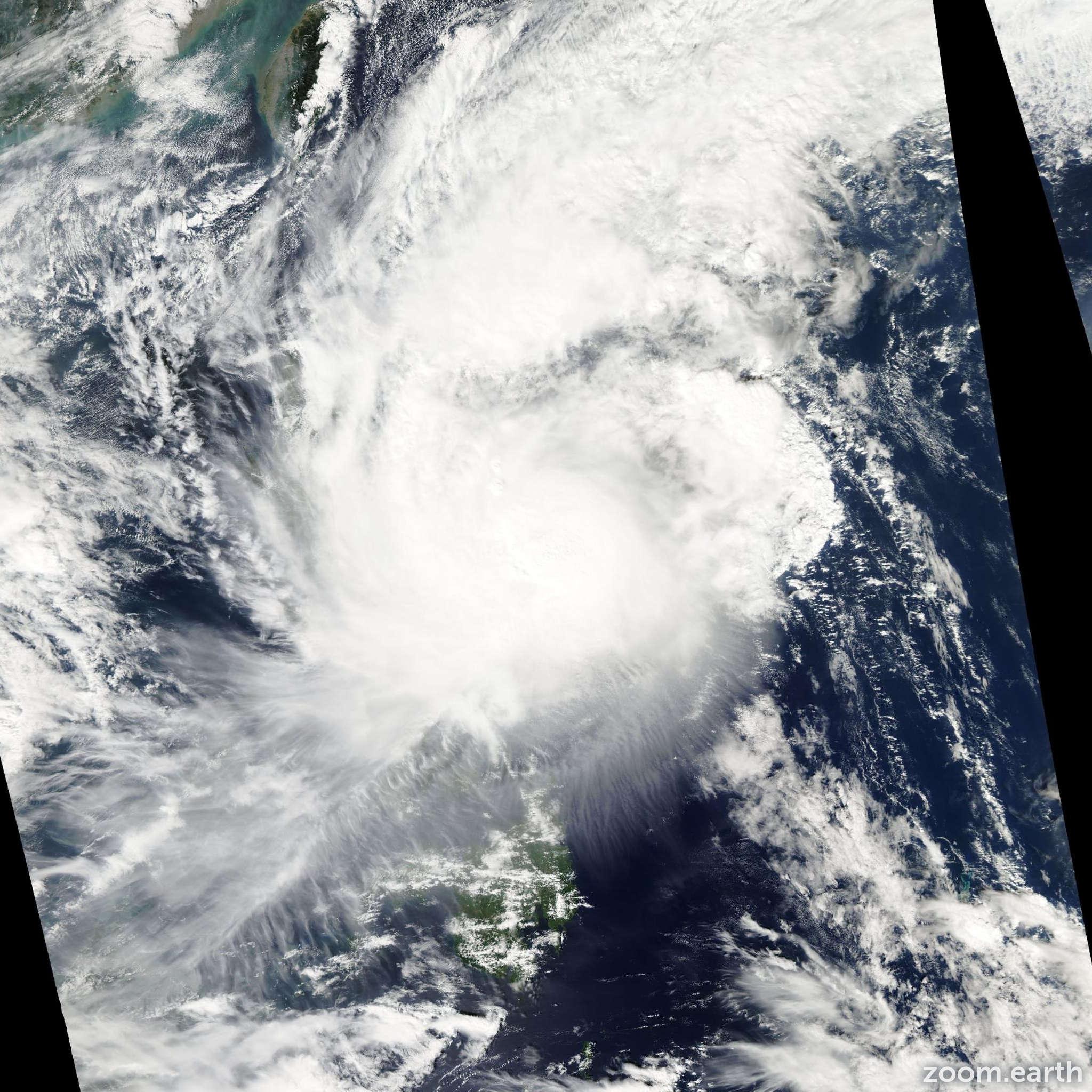 Satellite image of Typhoon Mitag 2007