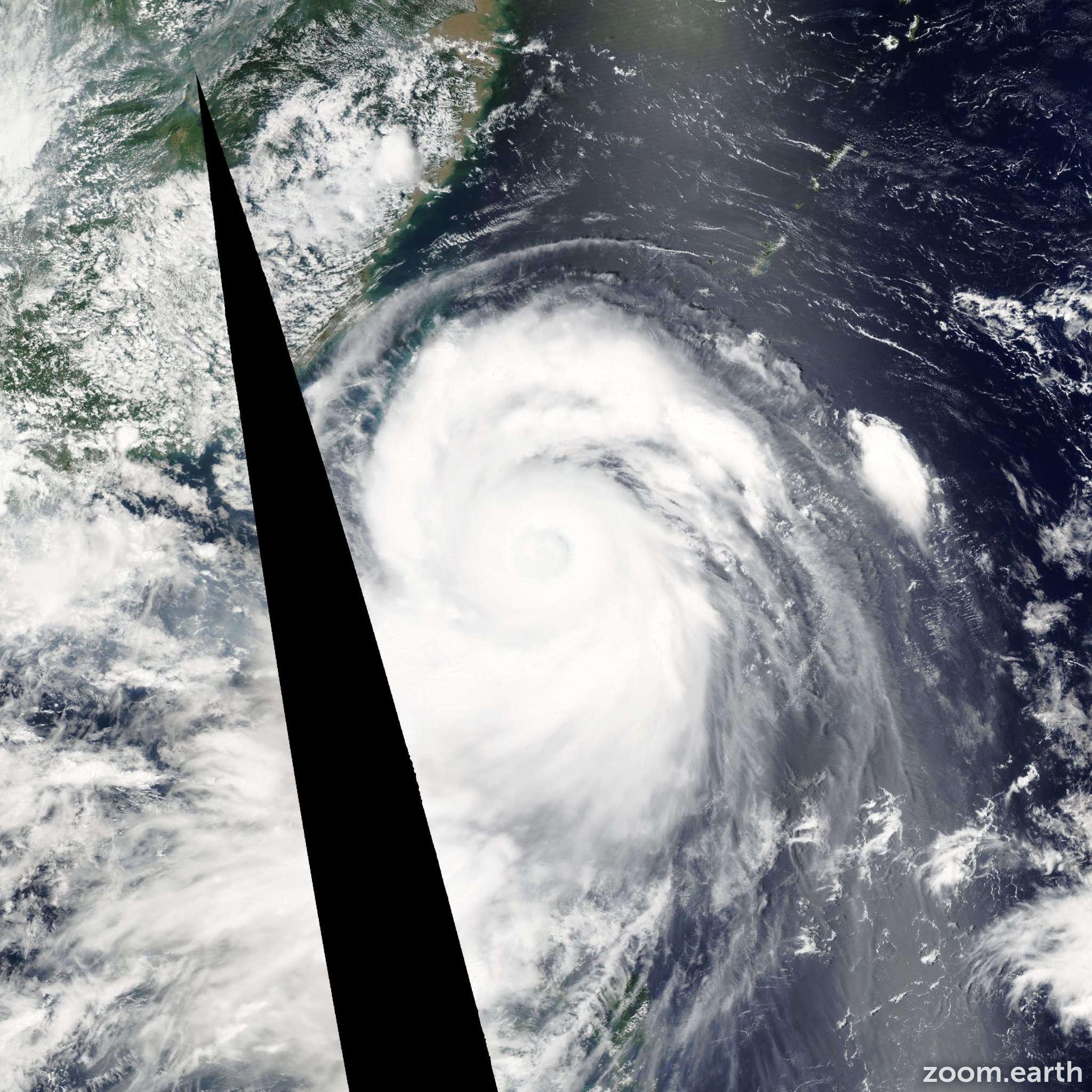 Satellite image of Typhoon Sepat 2007