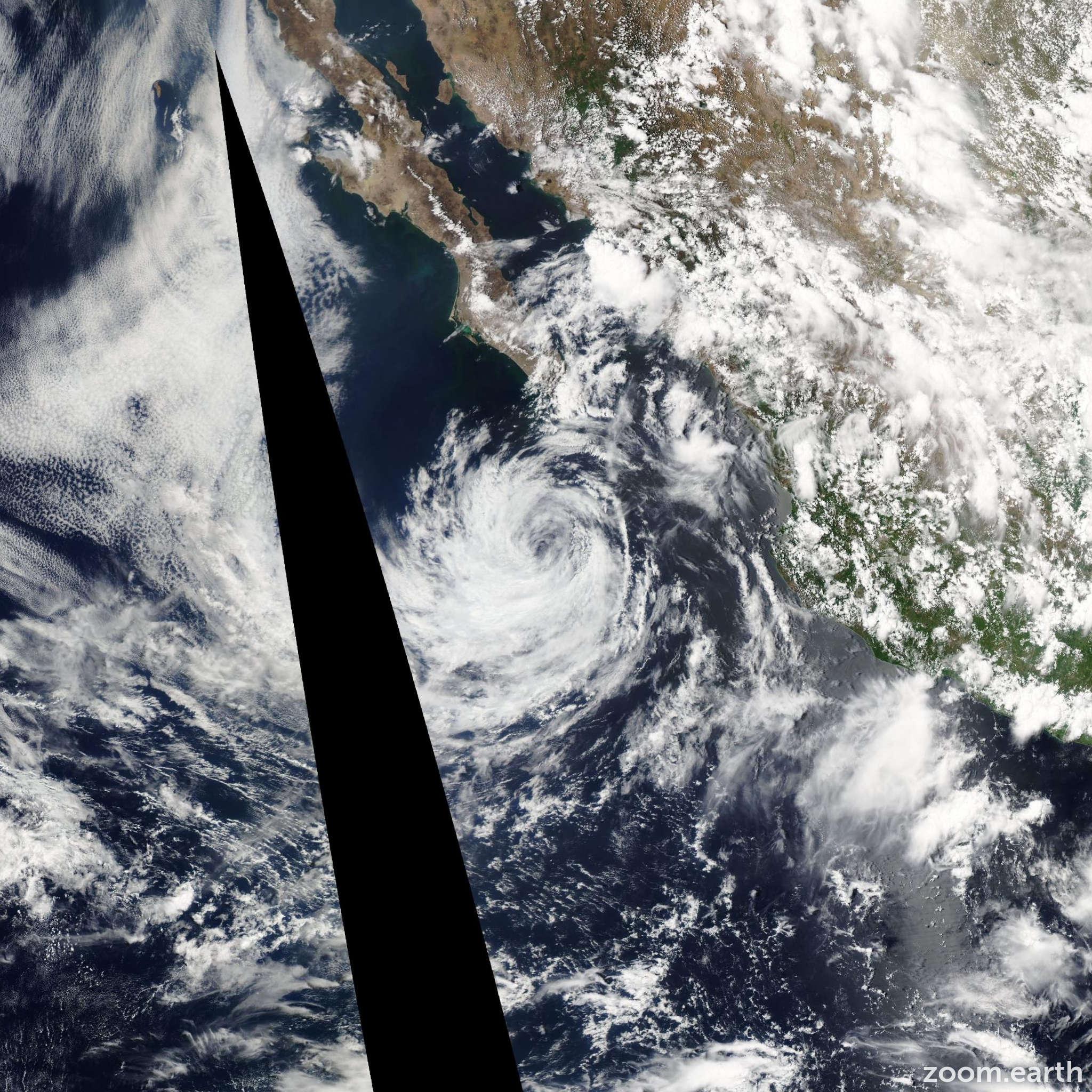 Satellite image of Storm Douglas 2008
