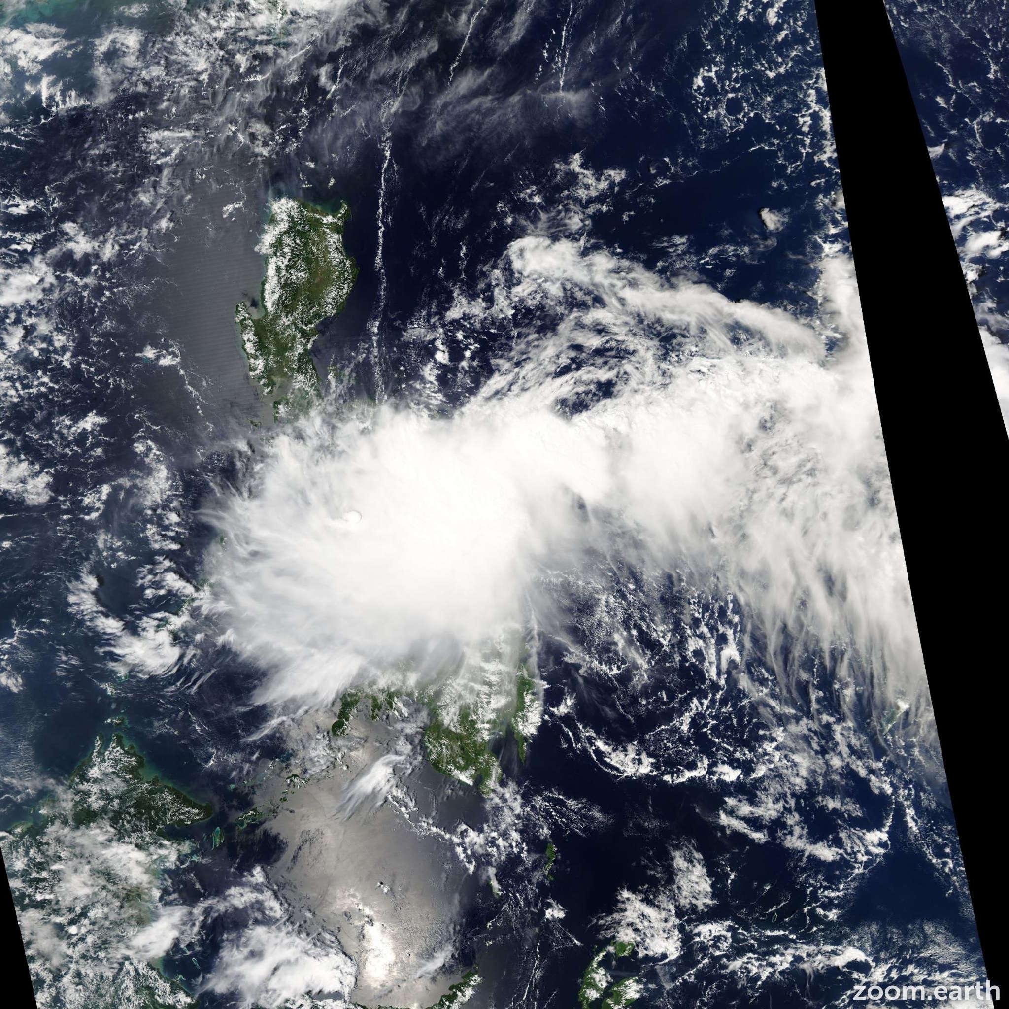 Satellite image of Storm Higos 2008