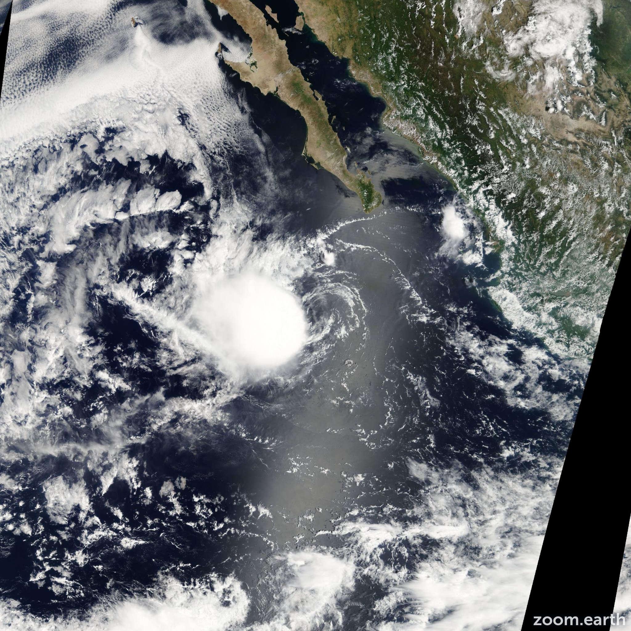 Satellite image of Storm Karina 2008