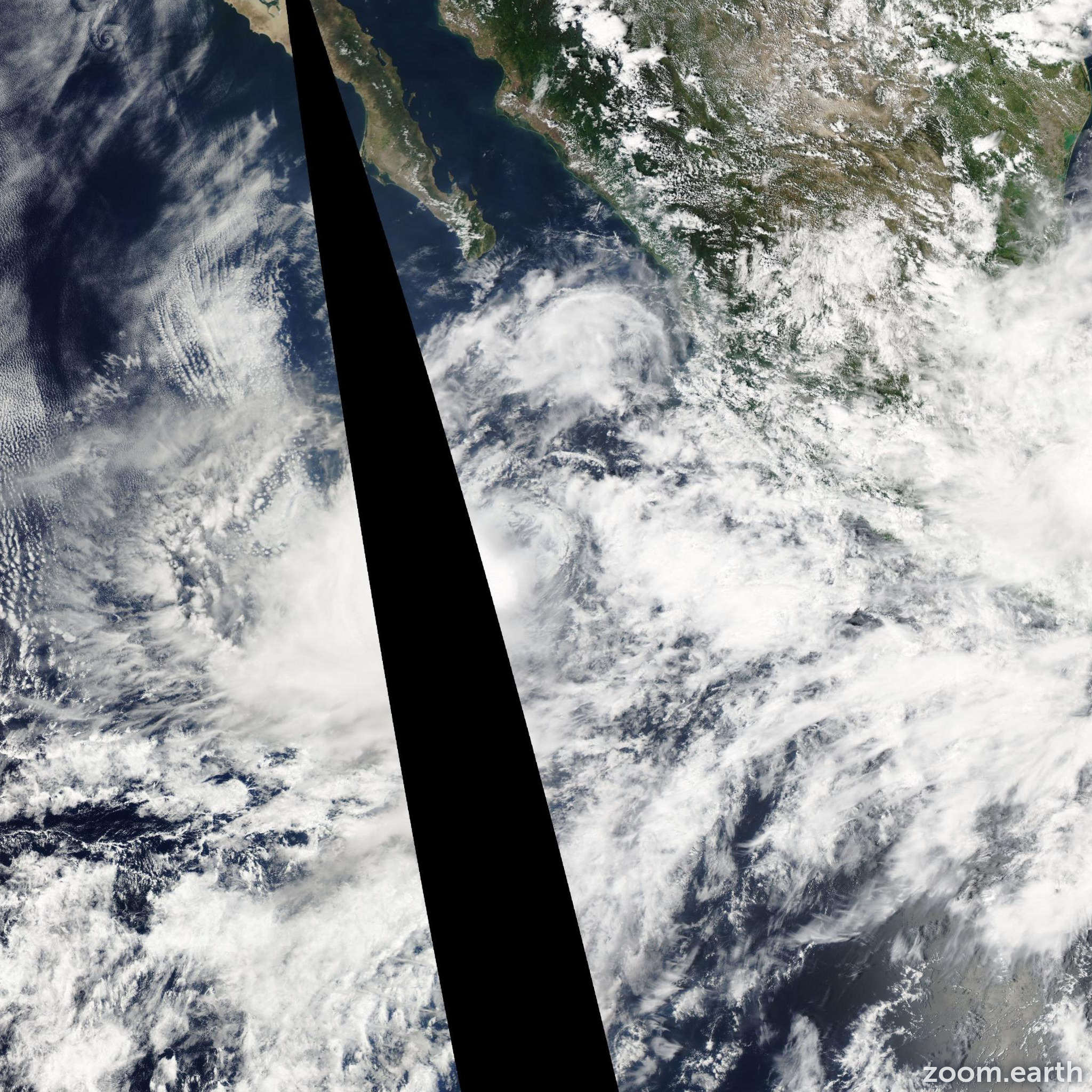 Satellite image of Storm Lowell 2008