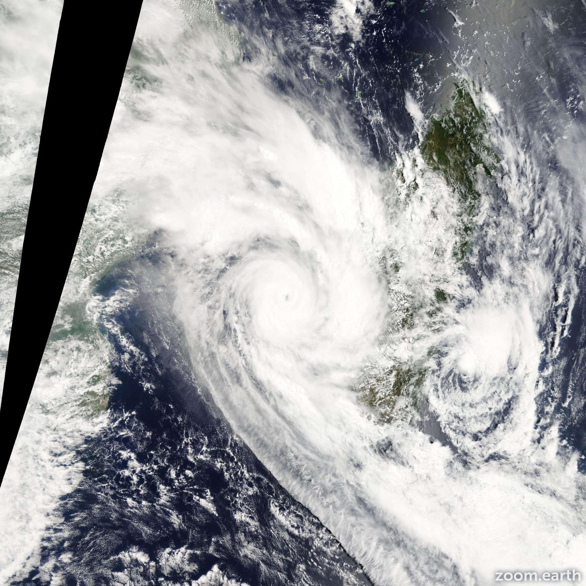 Satellite image of Cyclone Fanele 2009