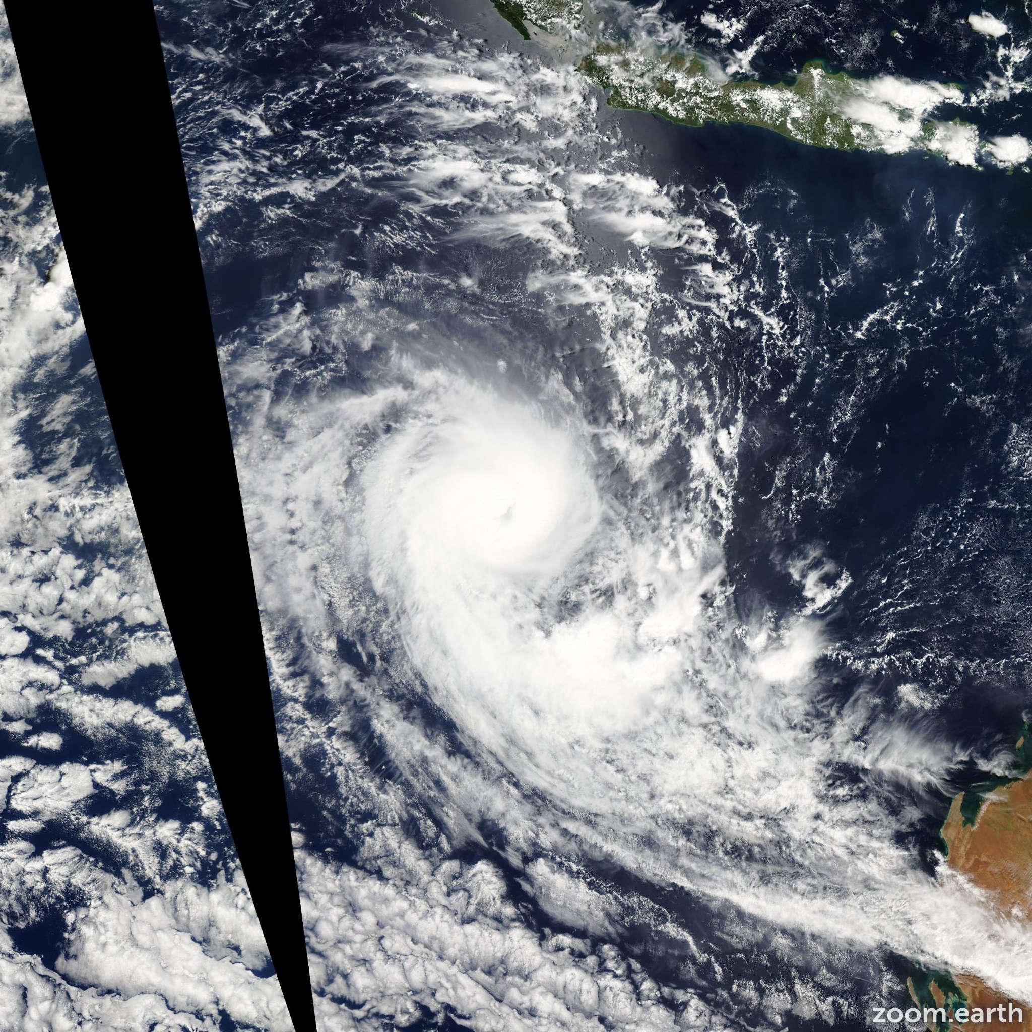 Satellite image of Cyclone Ilsa 2009
