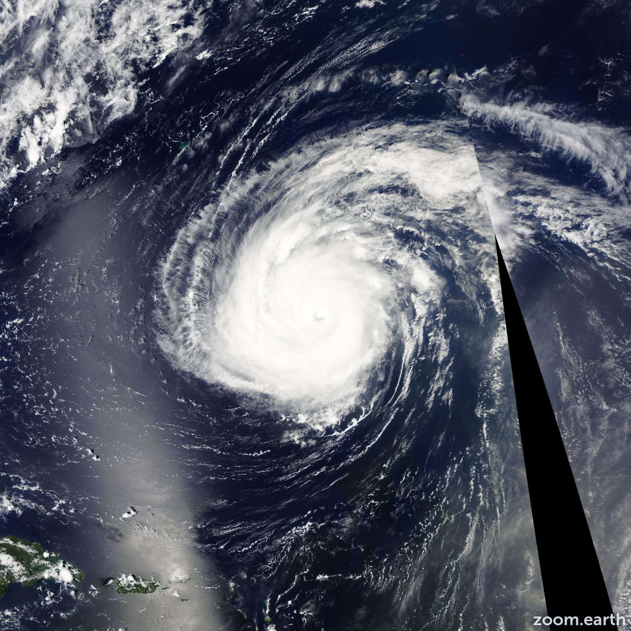 Satellite image of Hurricane Danielle 2010