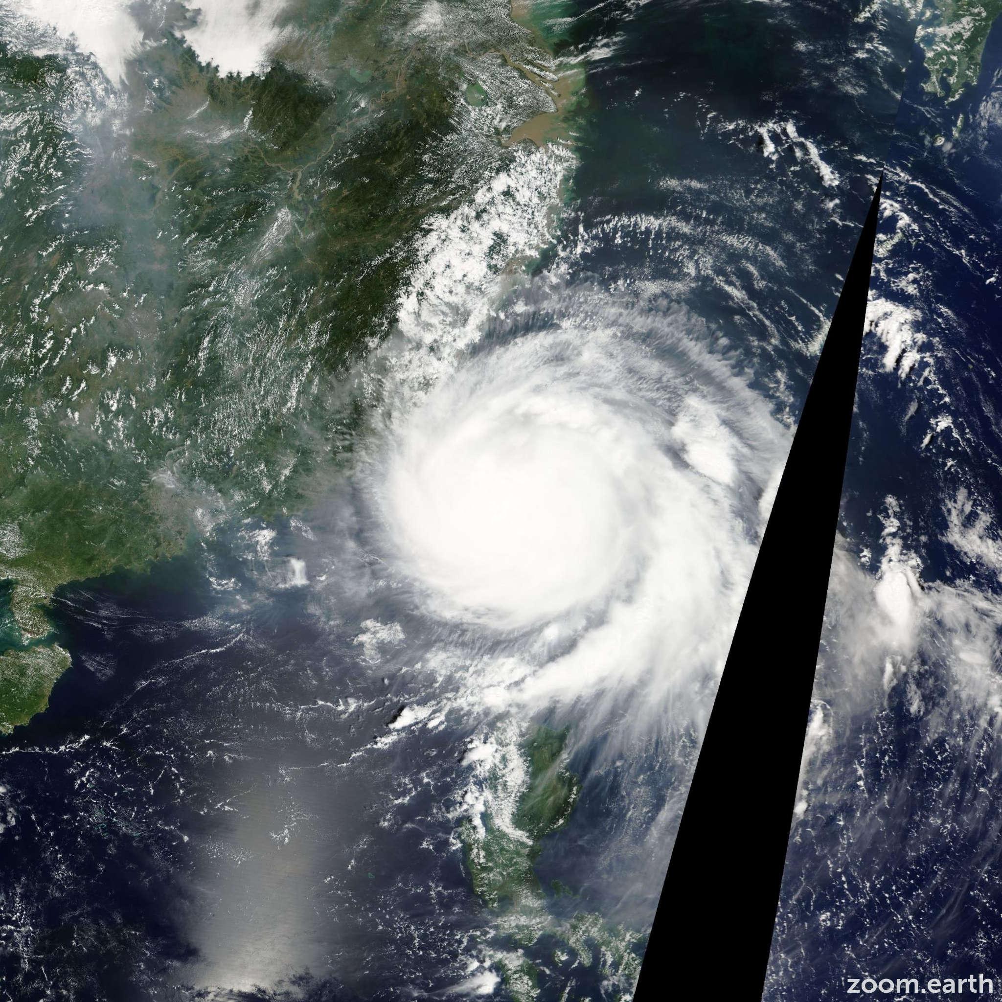 Satellite image of Typhoon Fanapi 2010