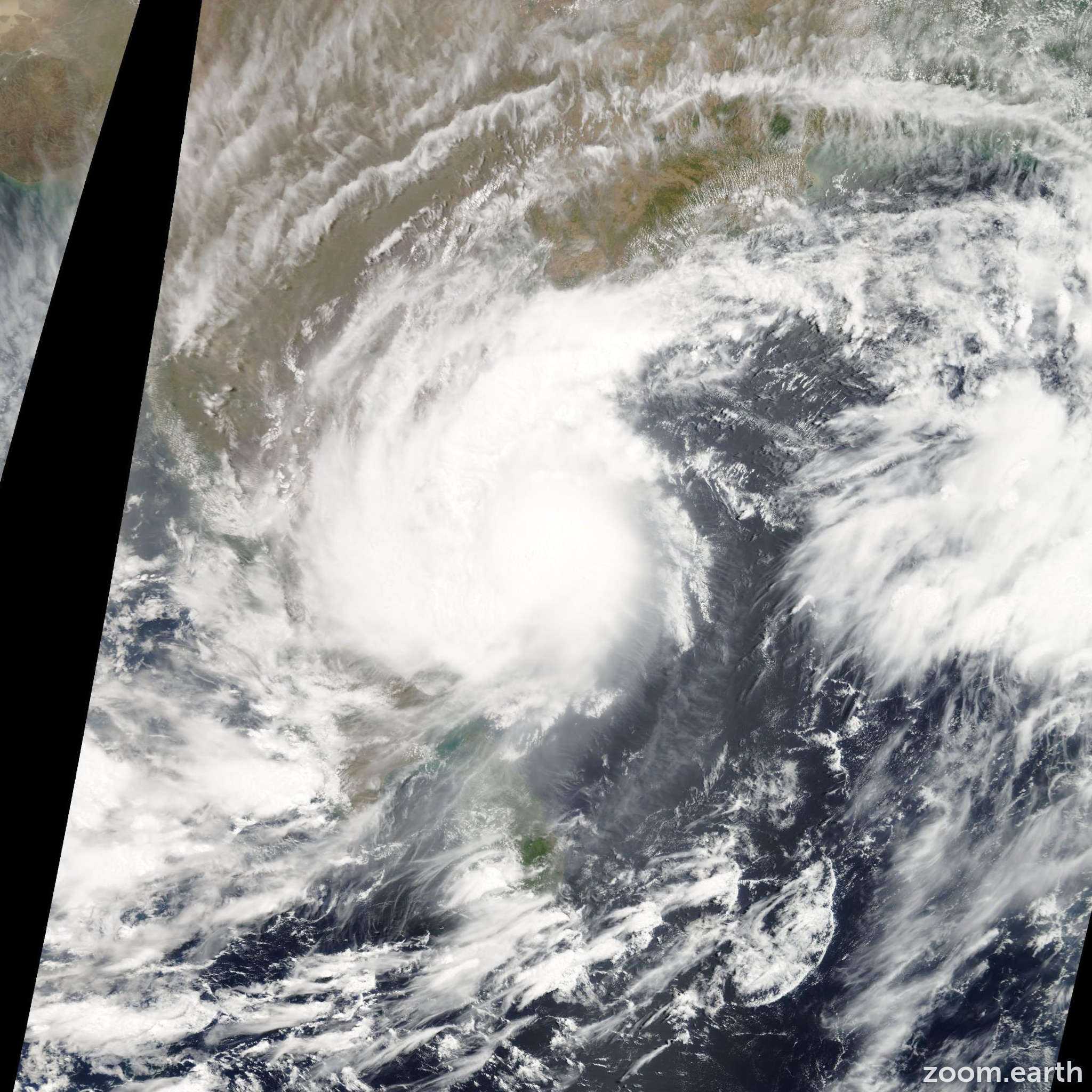 Satellite image of Cyclone Laila 2010