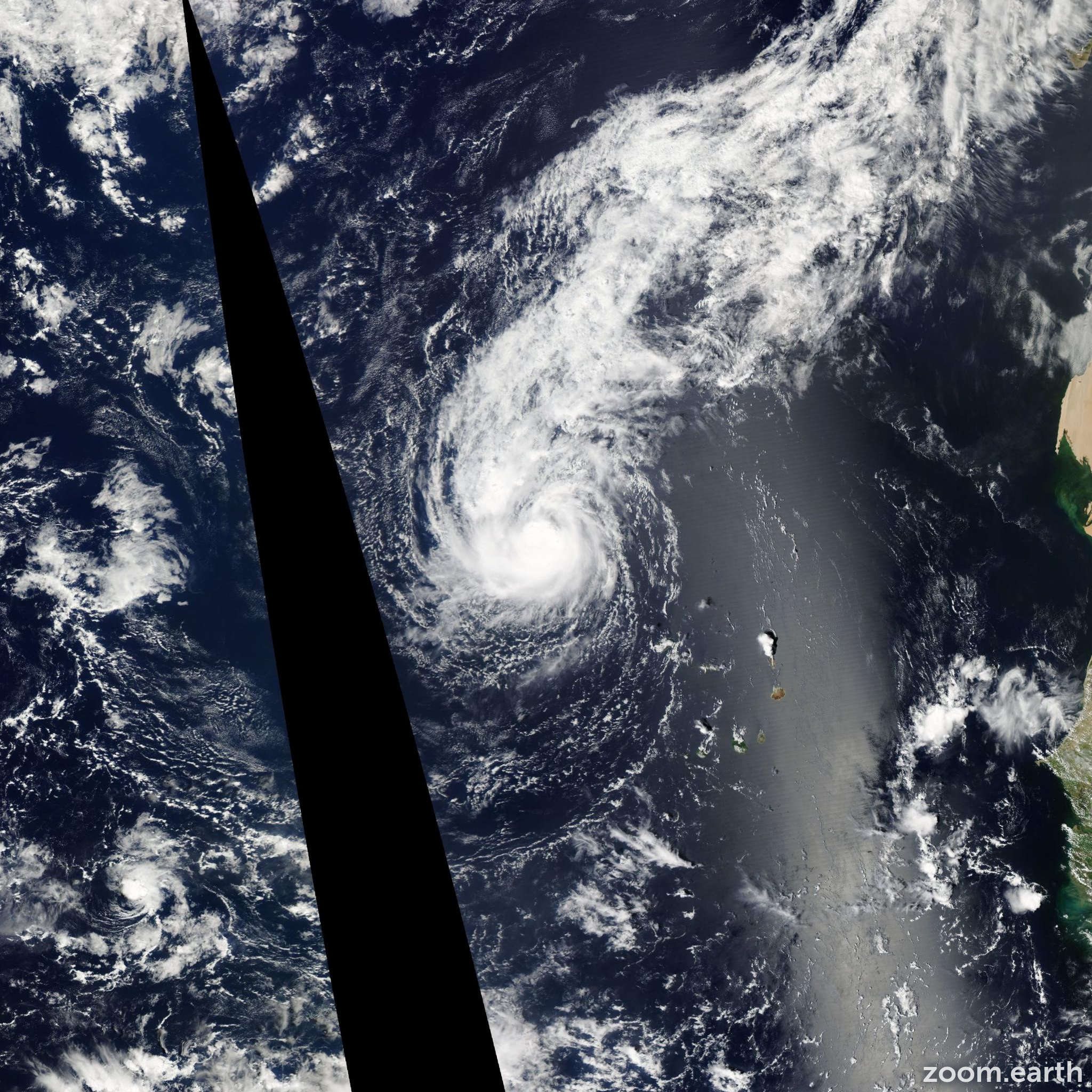 Satellite image of Hurricane Lisa 2010