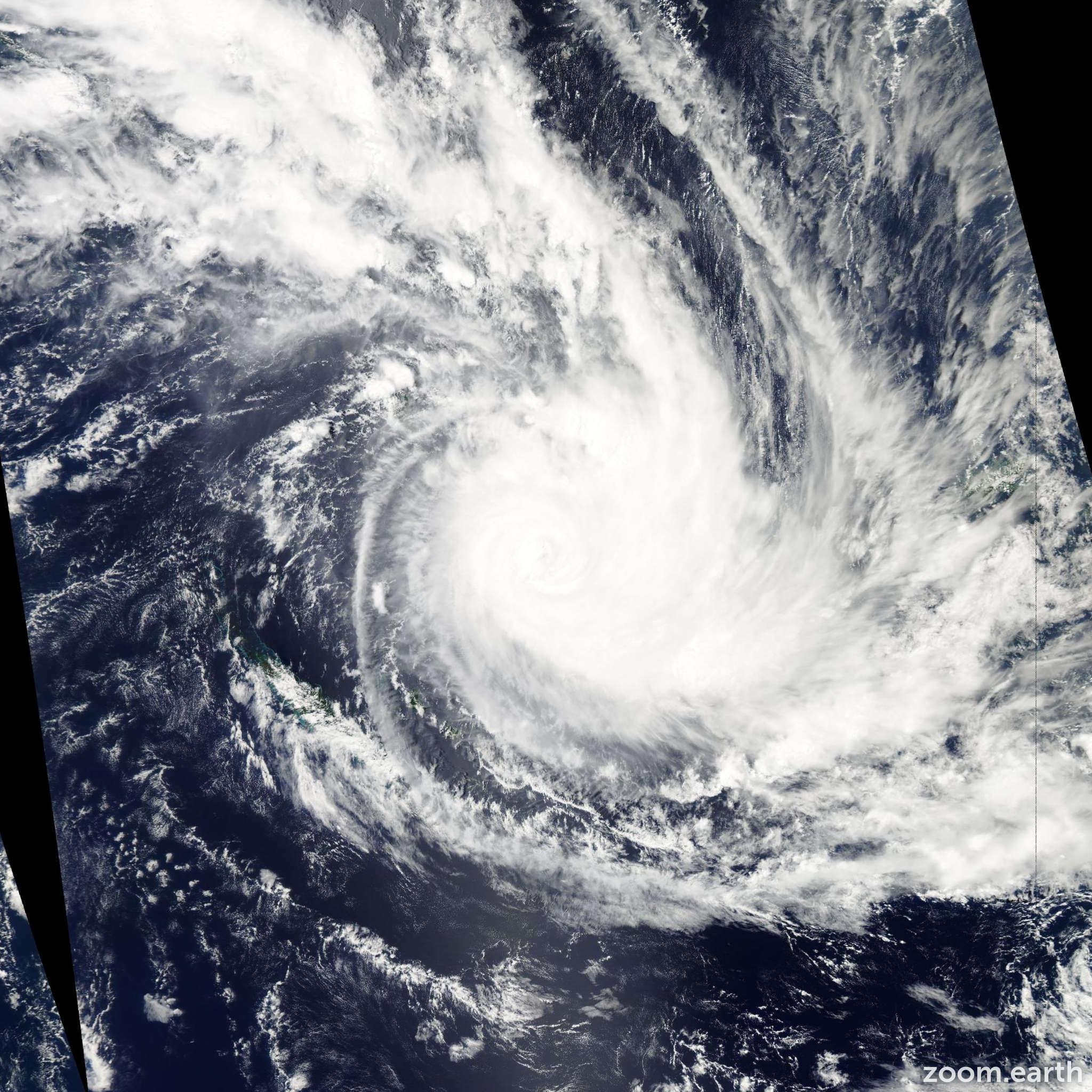 Satellite image of Cyclone Atu 2011