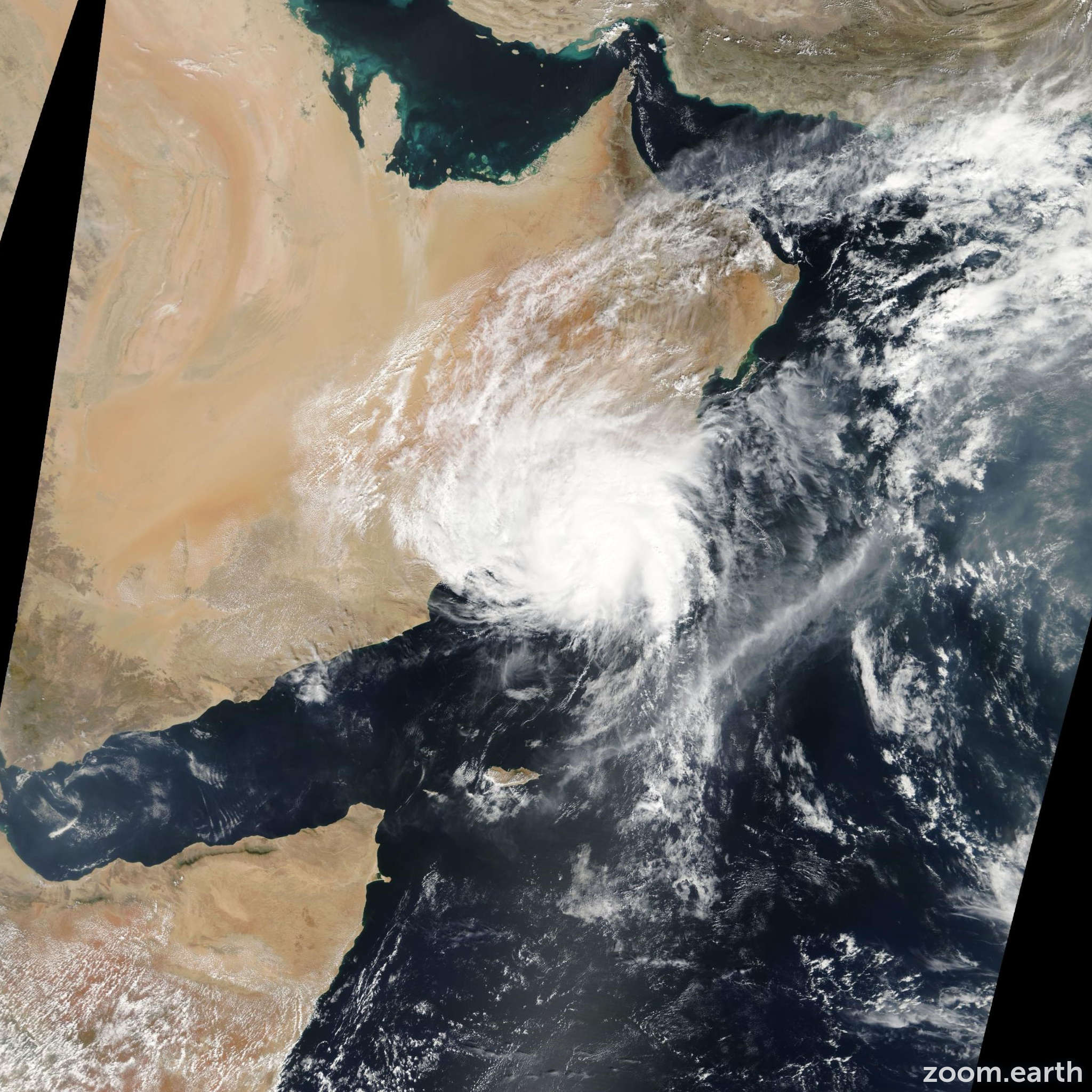 Satellite image of Cyclone Keila 2011
