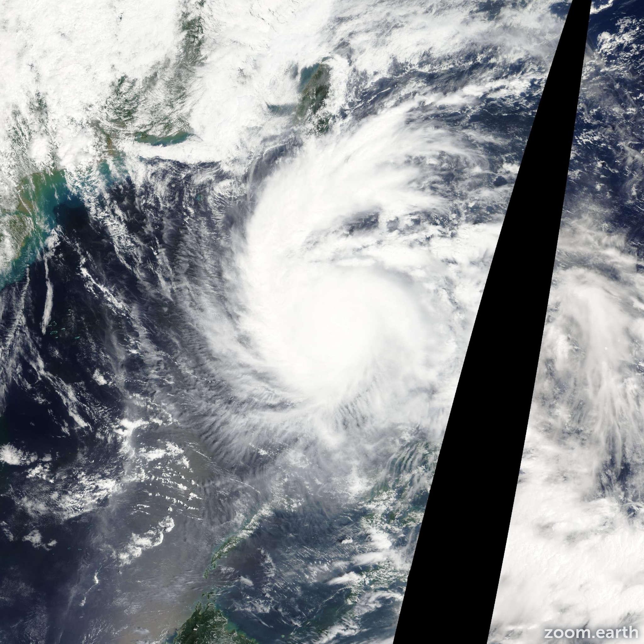 Satellite image of Typhoon Nalgae 2011
