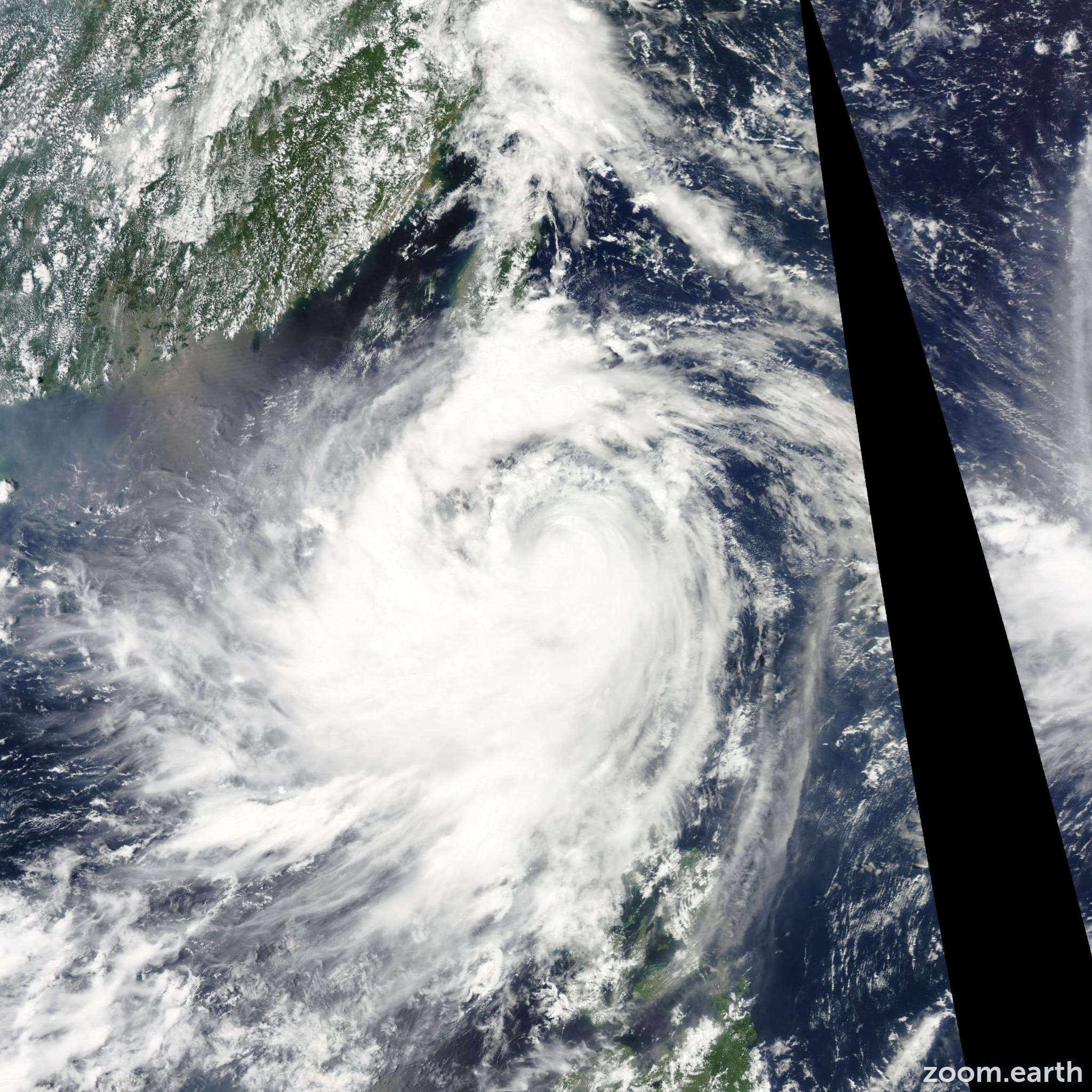 Satellite image of Typhoon Nanmadol 2011