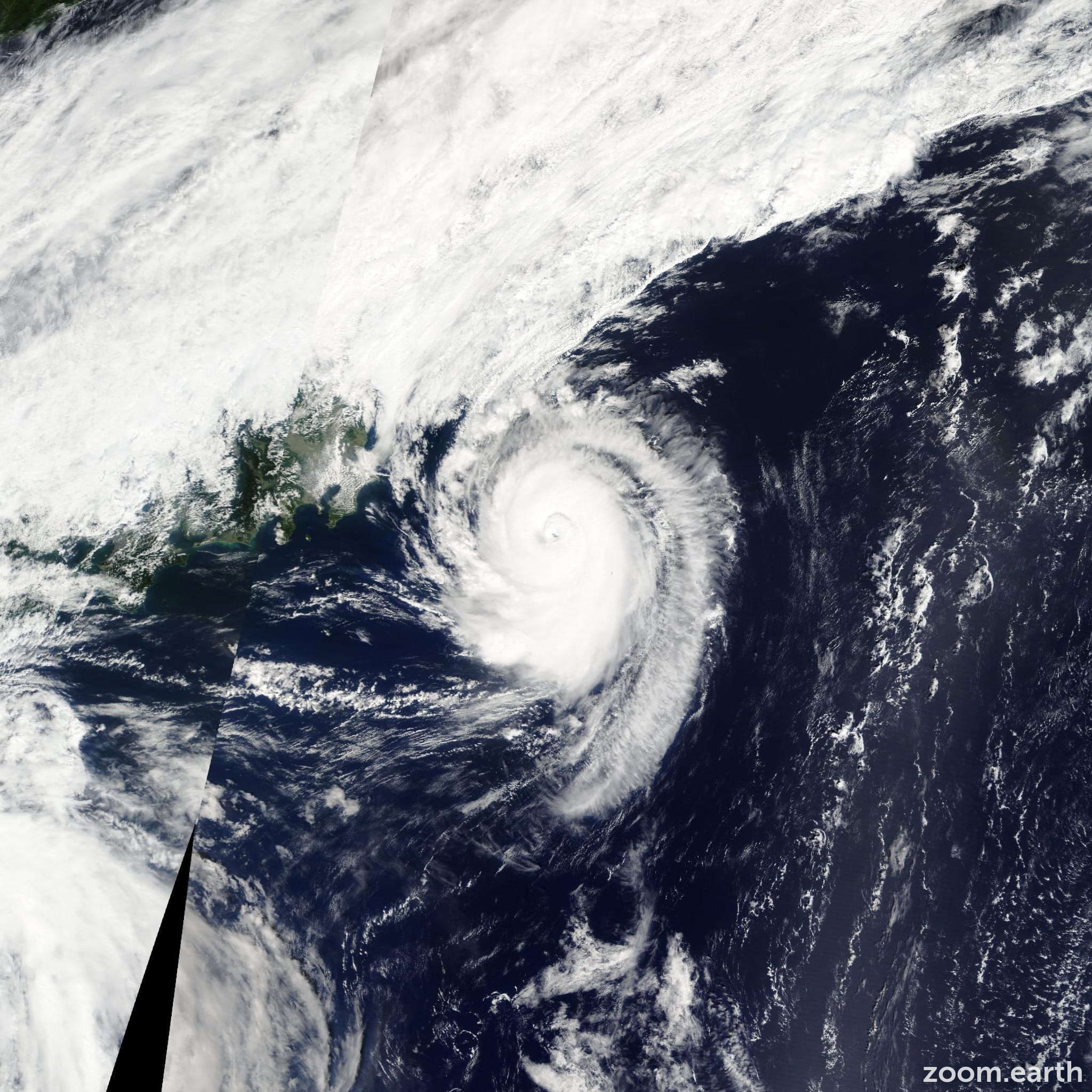 Satellite image of Typhoon Sonca 2011