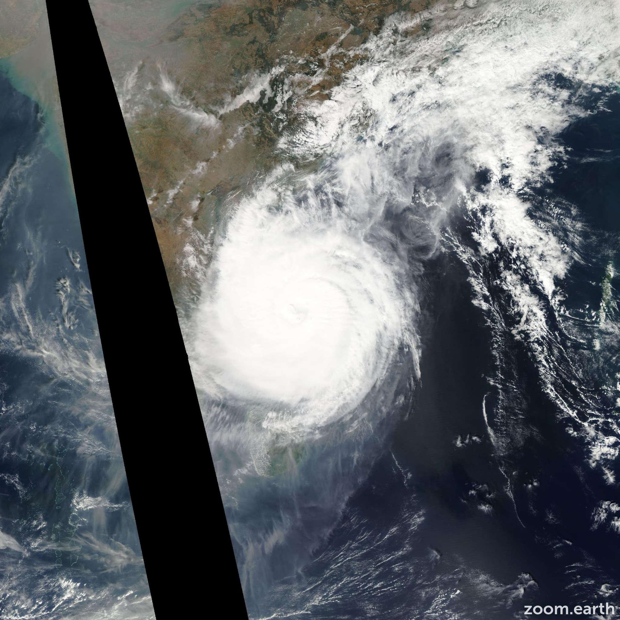Satellite image of Cyclone Thane 2011