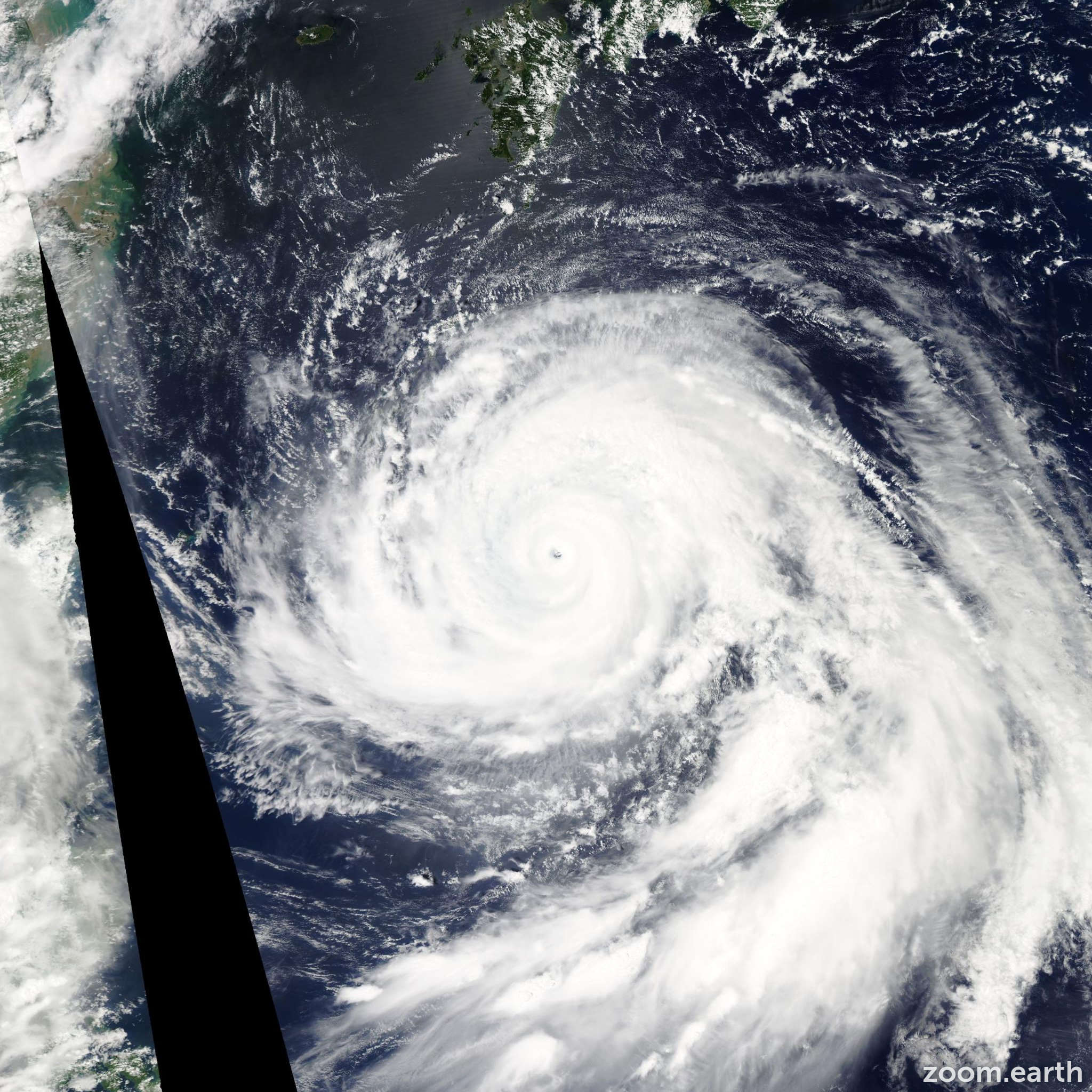 Satellite image of Typhoon Bolaven 2012