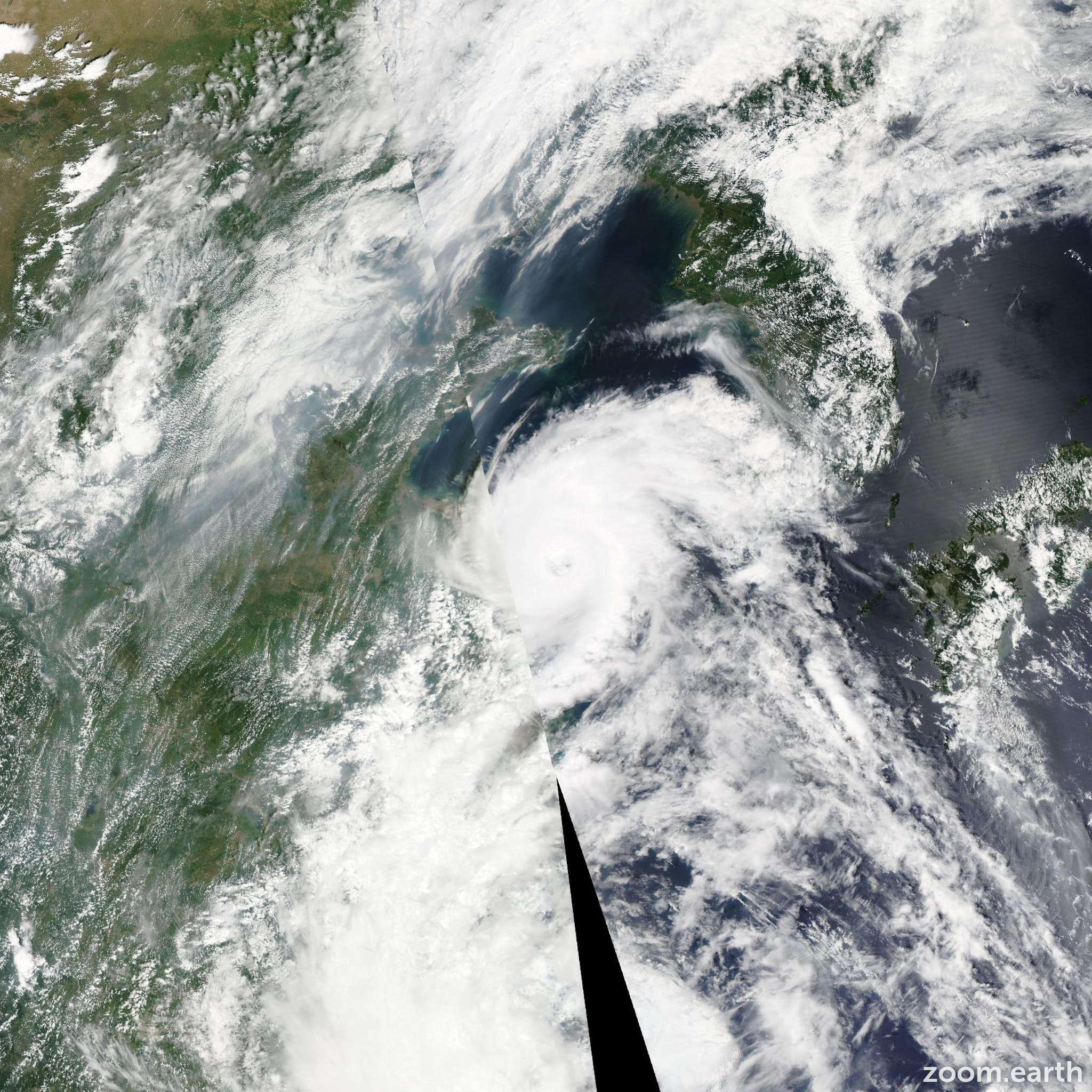 Satellite image of Typhoon Damrey 2012