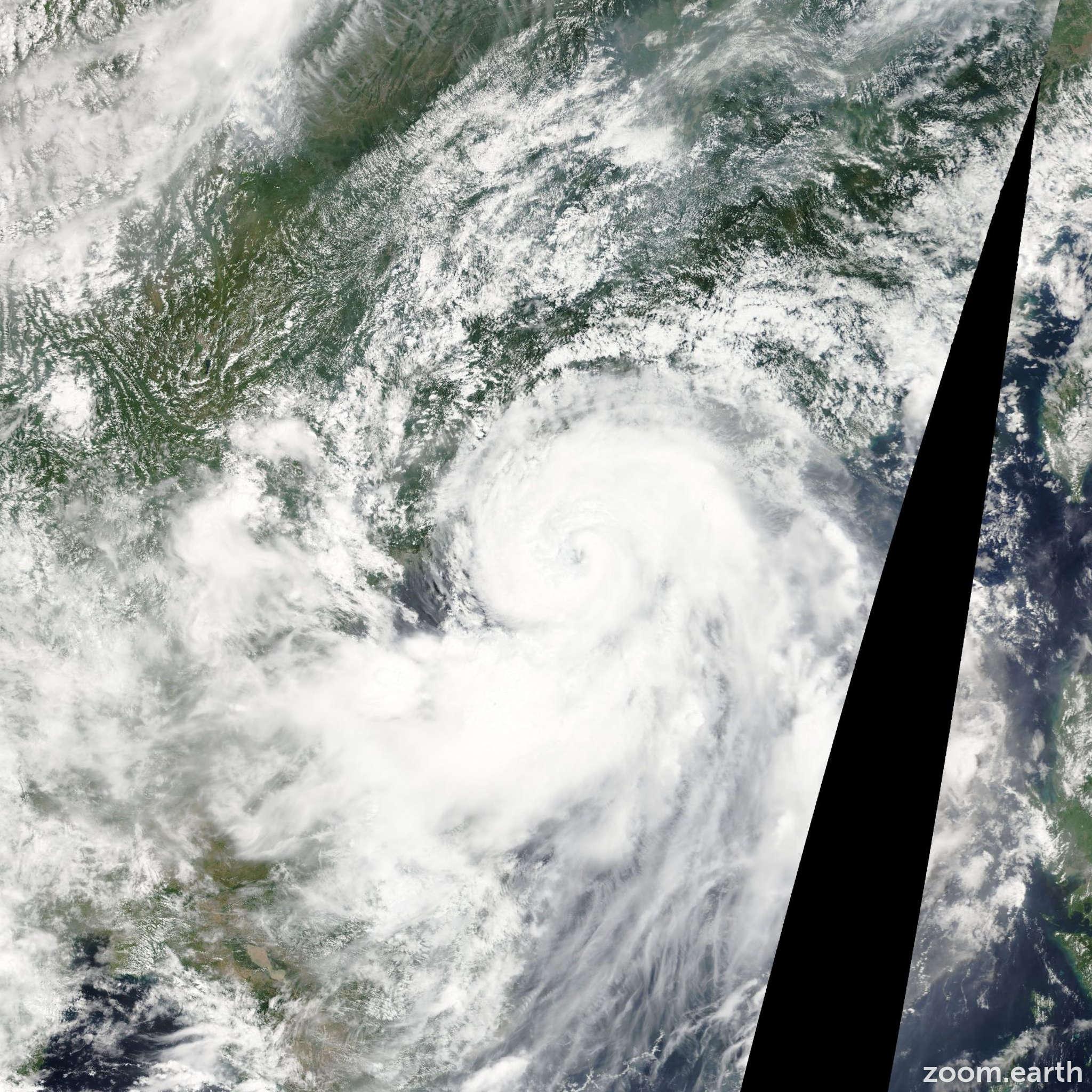 Satellite image of Storm Kai-Tak 2012