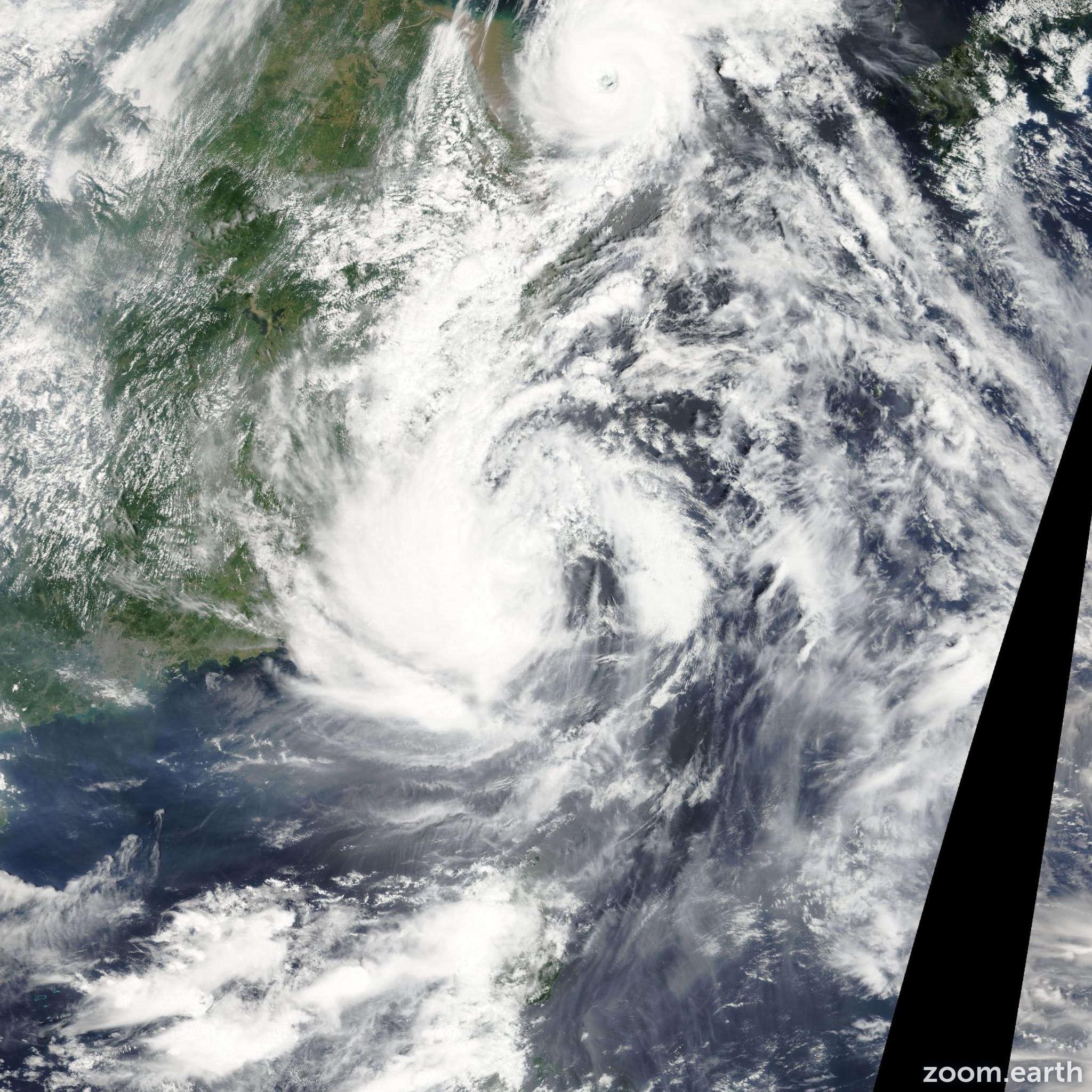 Satellite image of Typhoon Saola 2012