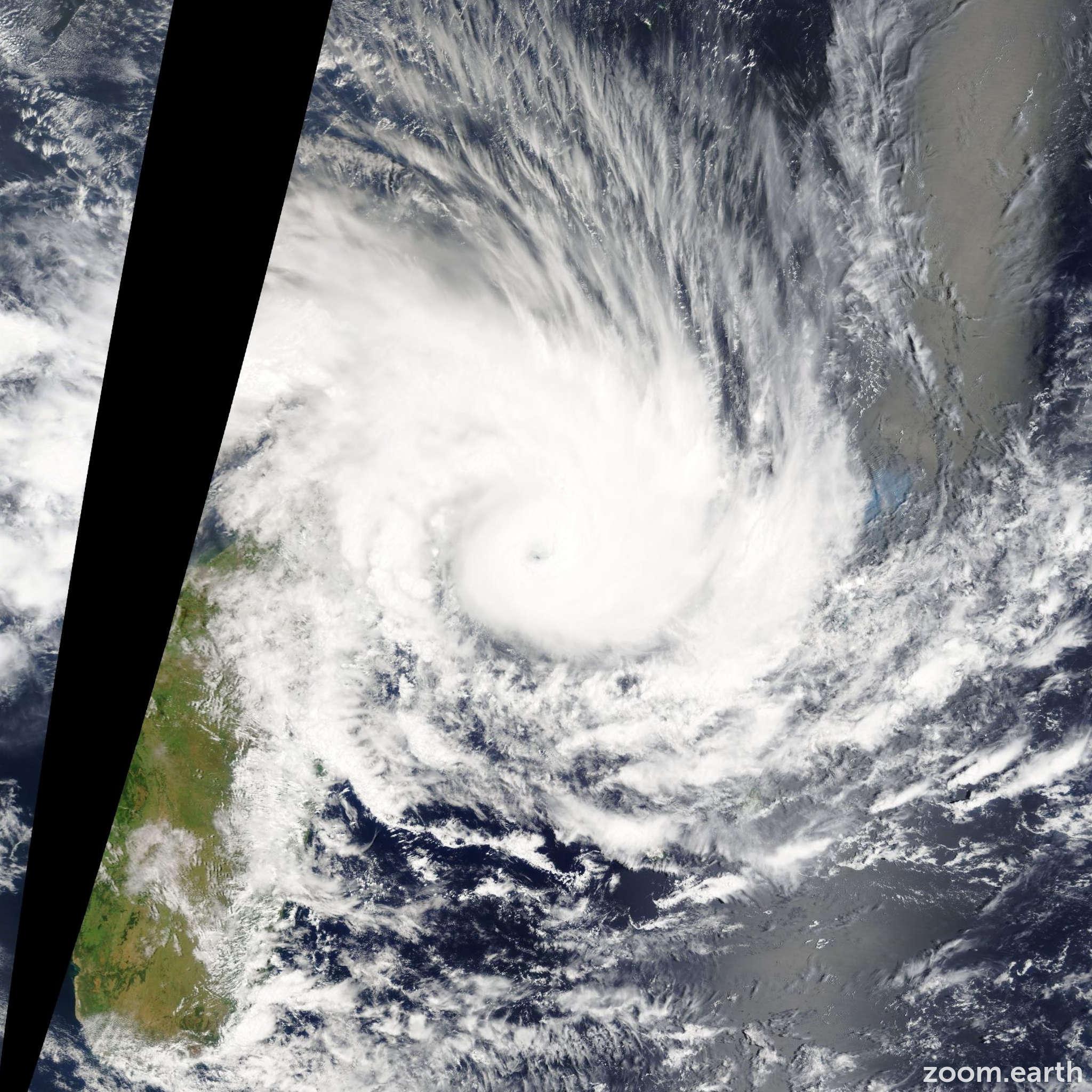 Satellite image of Cyclone Felleng 2013