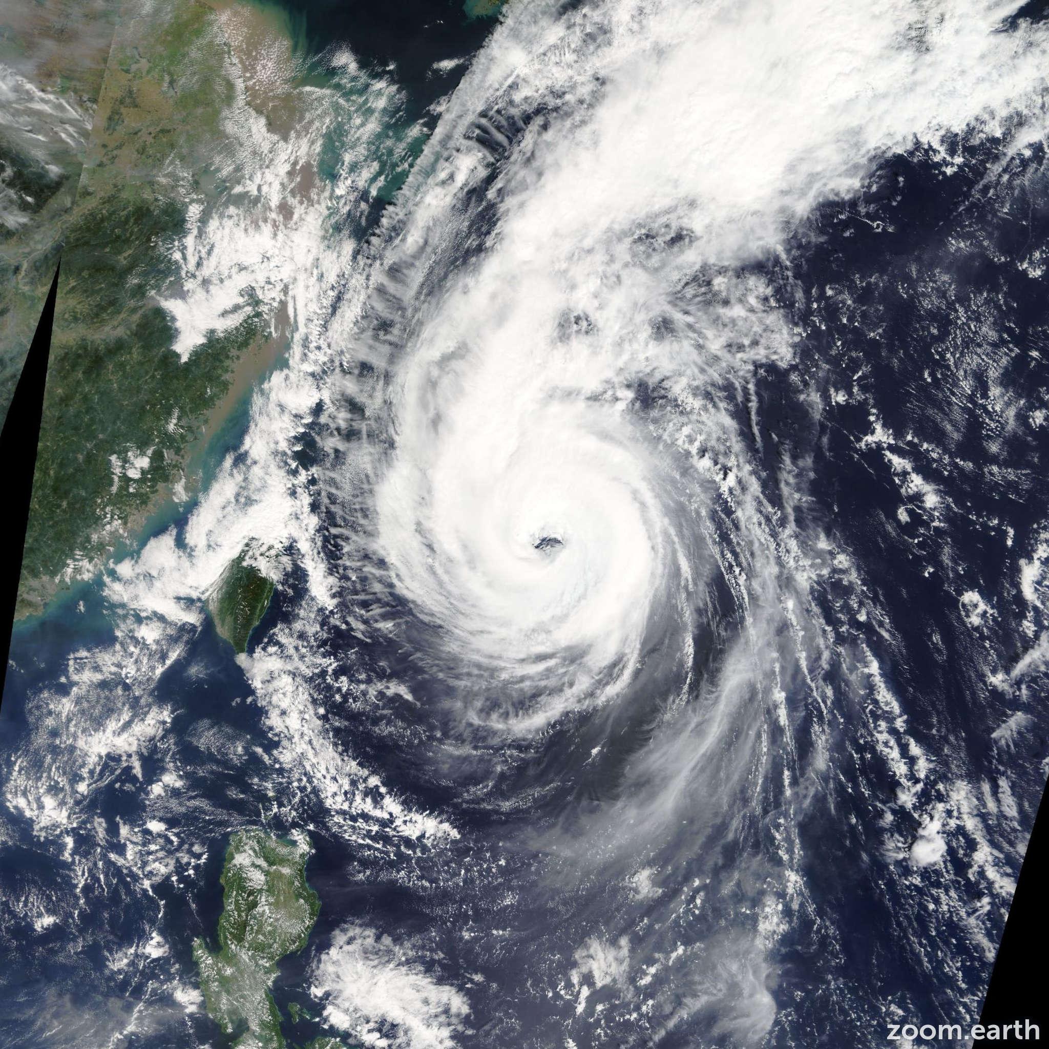 Satellite image of Typhoon Fitow 2013