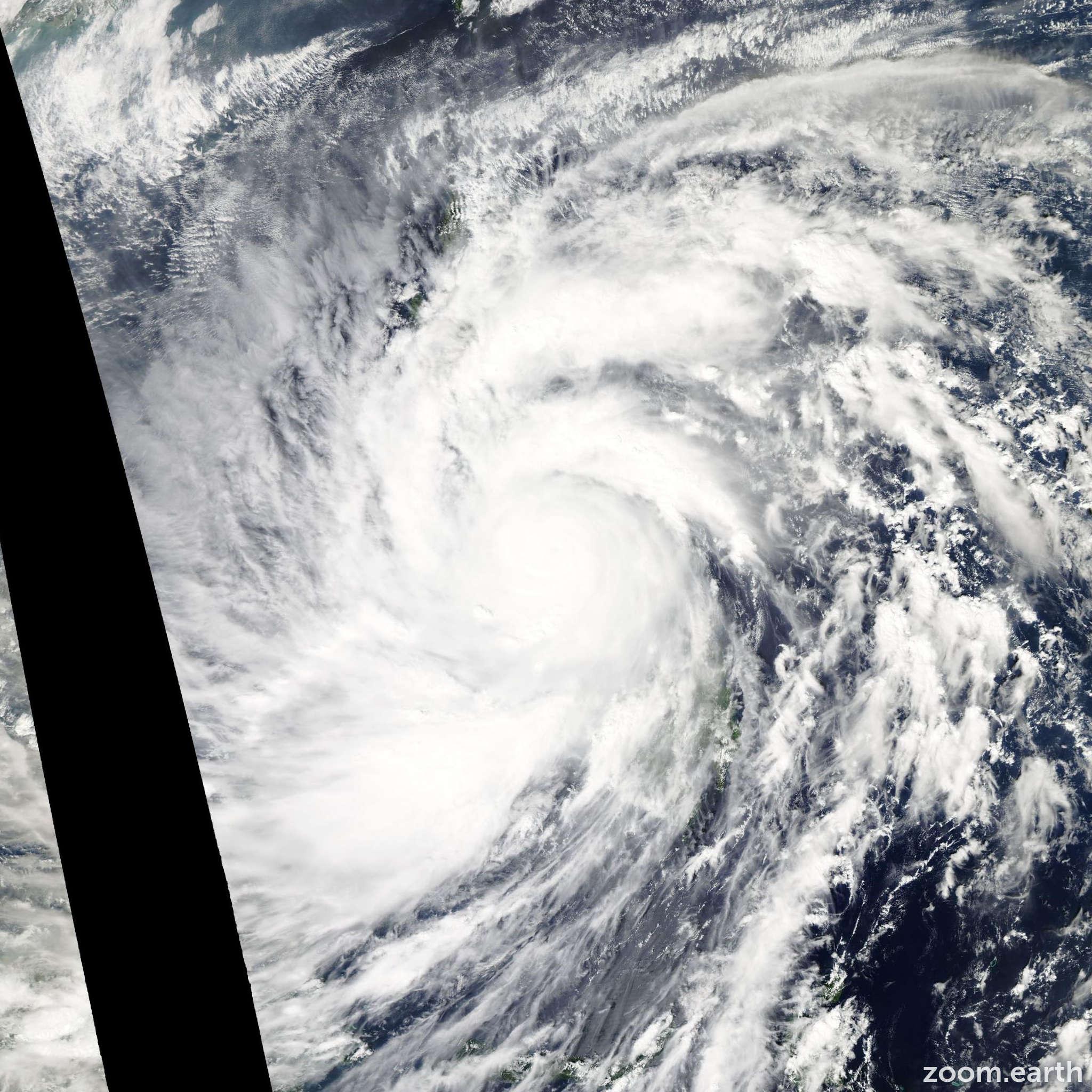 Satellite image of Typhoon Haiyan 2013