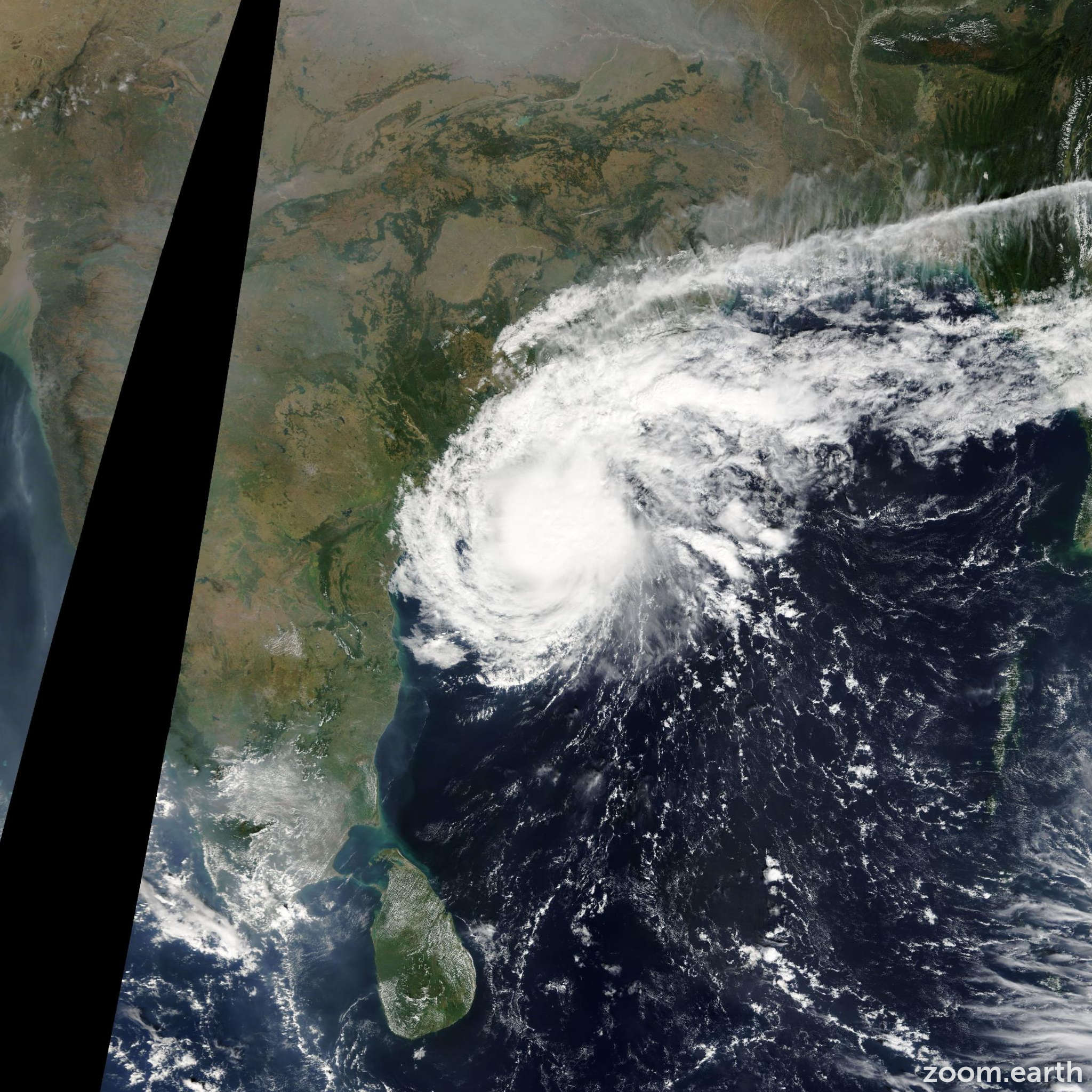 Satellite image of Cyclone Helen 2013