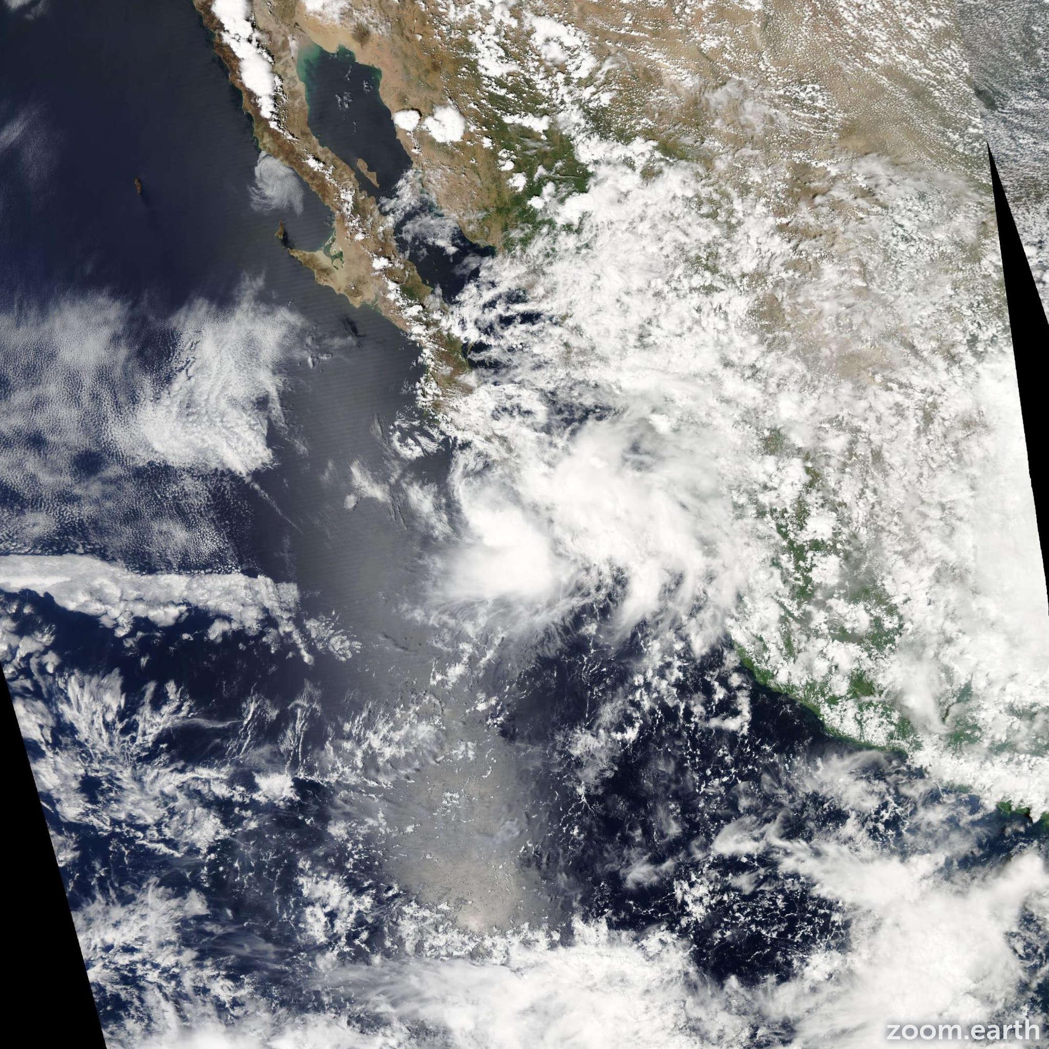 Satellite image of Storm Lorena 2013