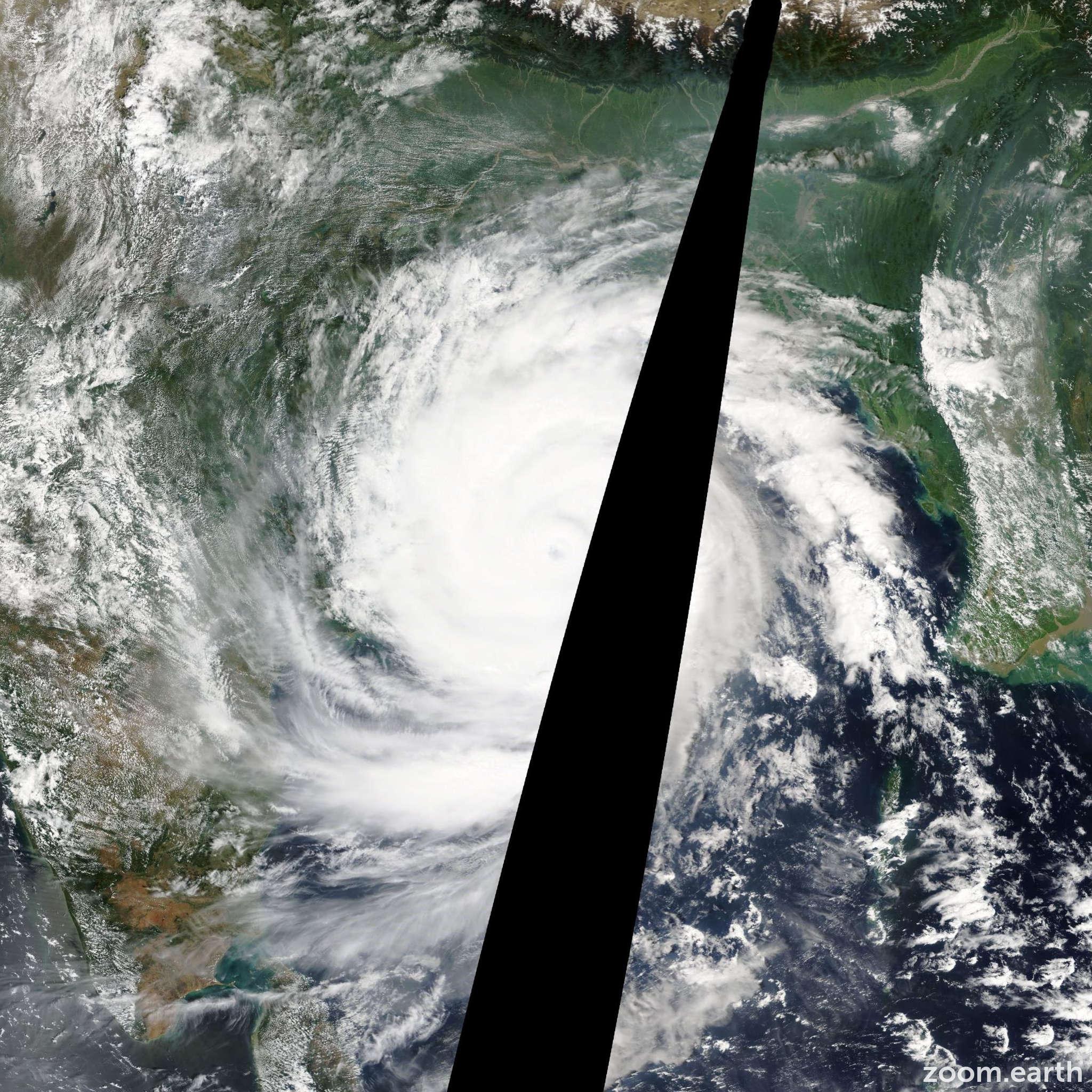 Satellite image of Cyclone Phailin 2013