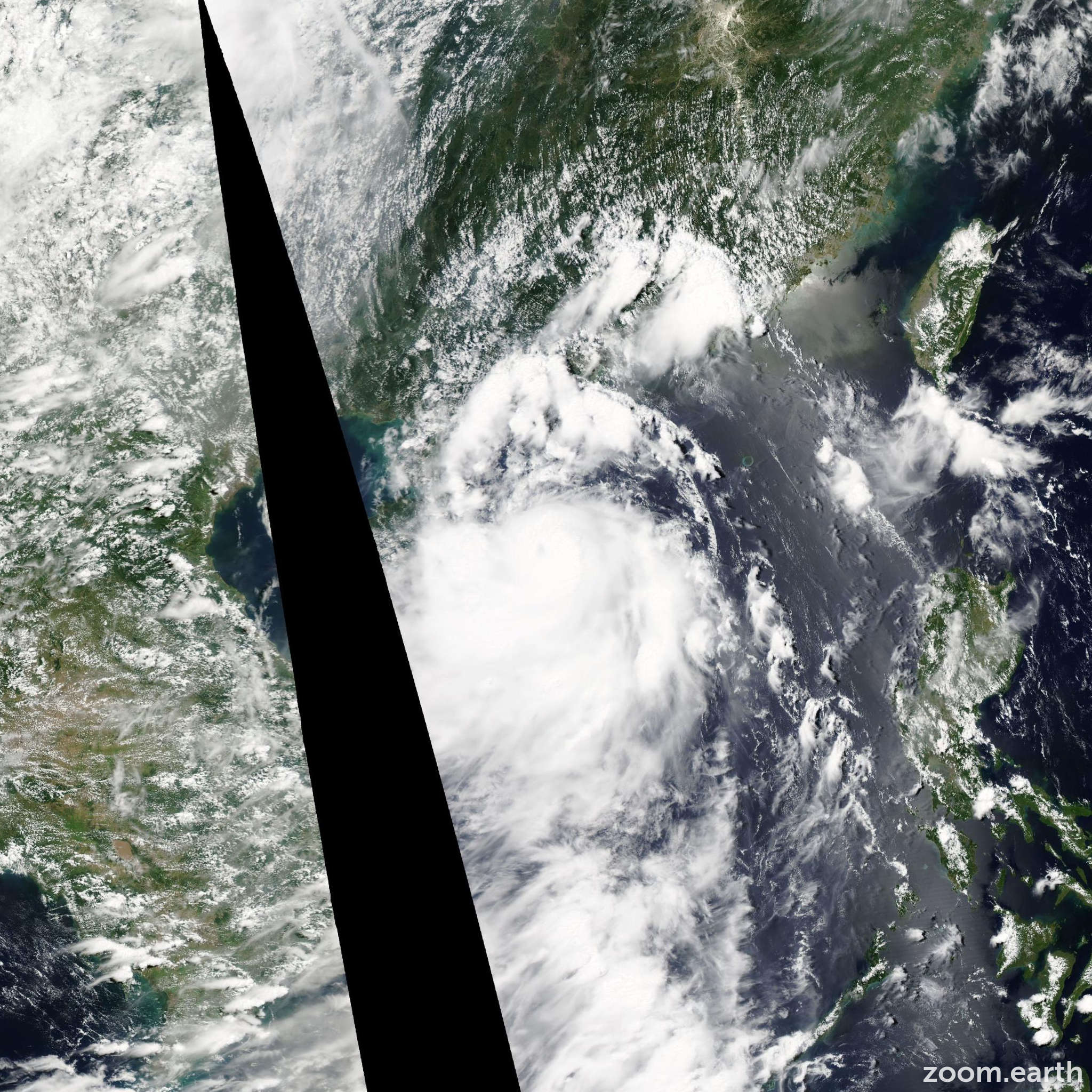 Satellite image of Storm Rumbia 2013