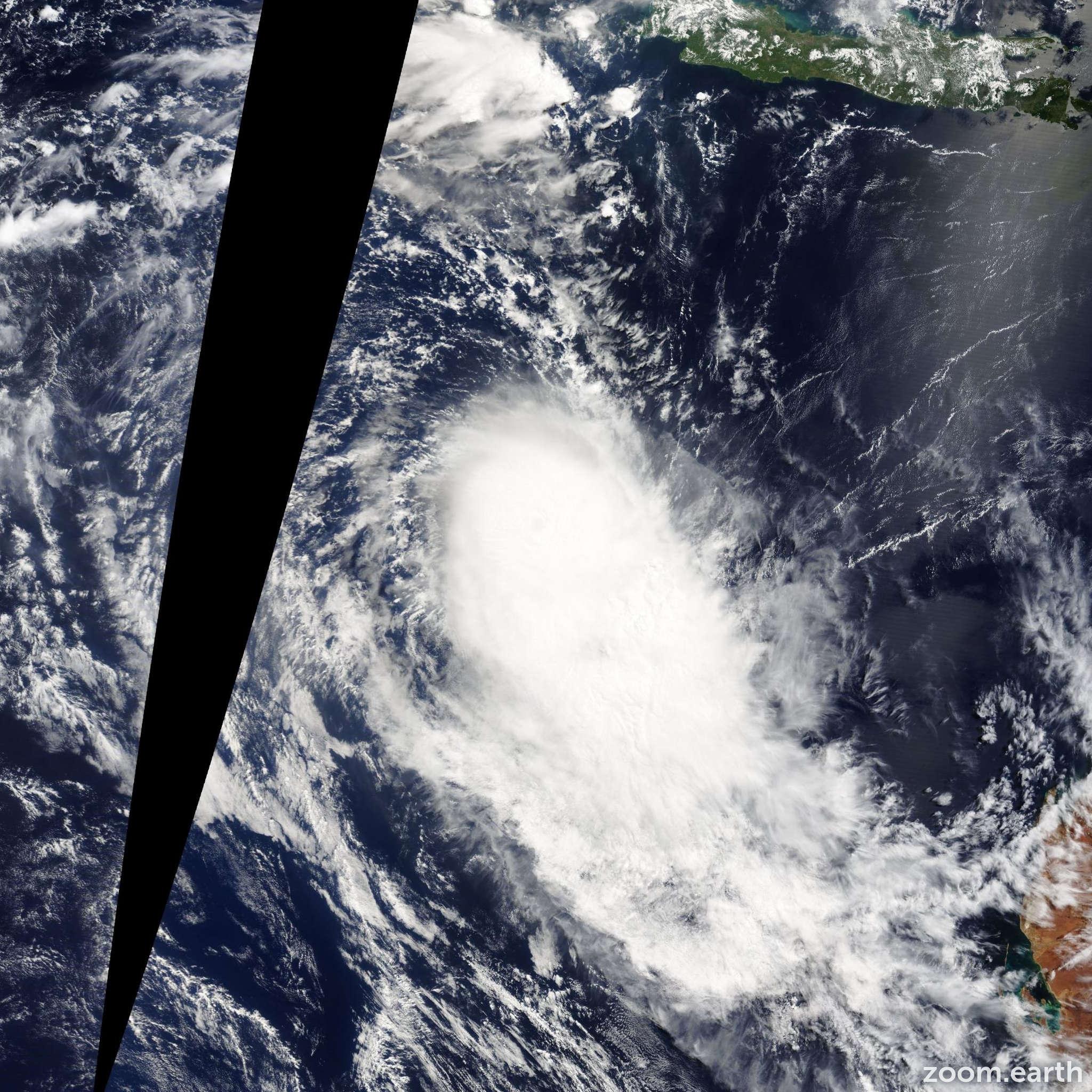 Satellite image of Cyclone Gillian 2014