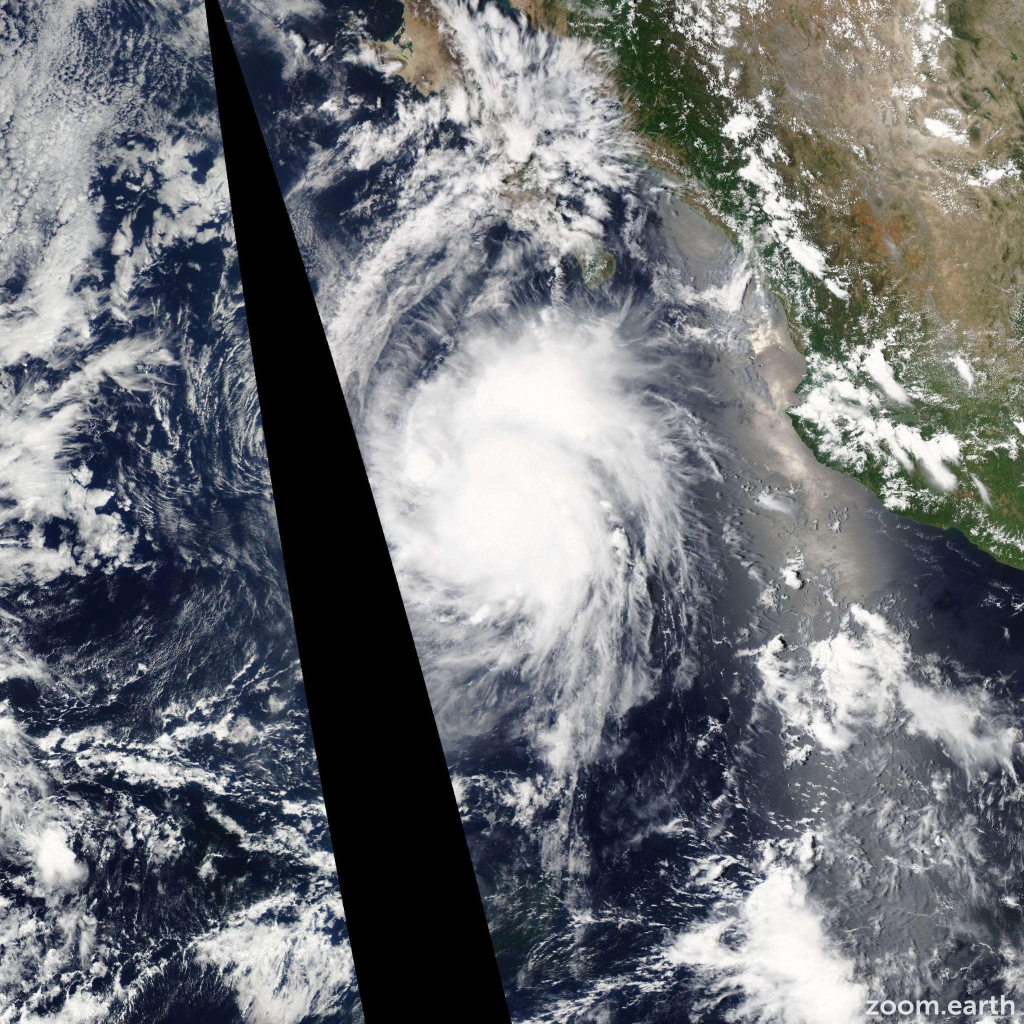 Satellite image of Hurricane Hernan 2014