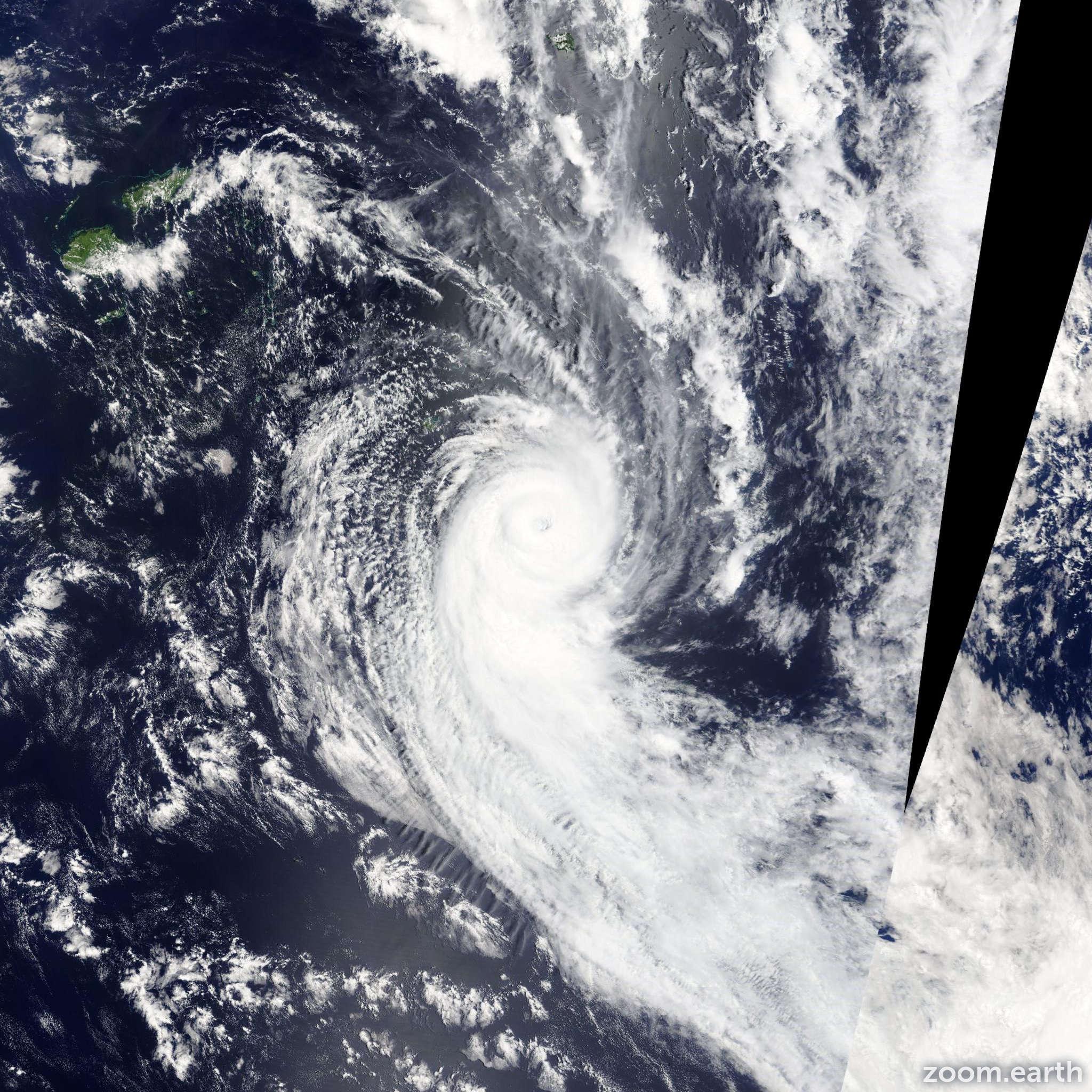 Satellite image of Cyclone Ian 2014
