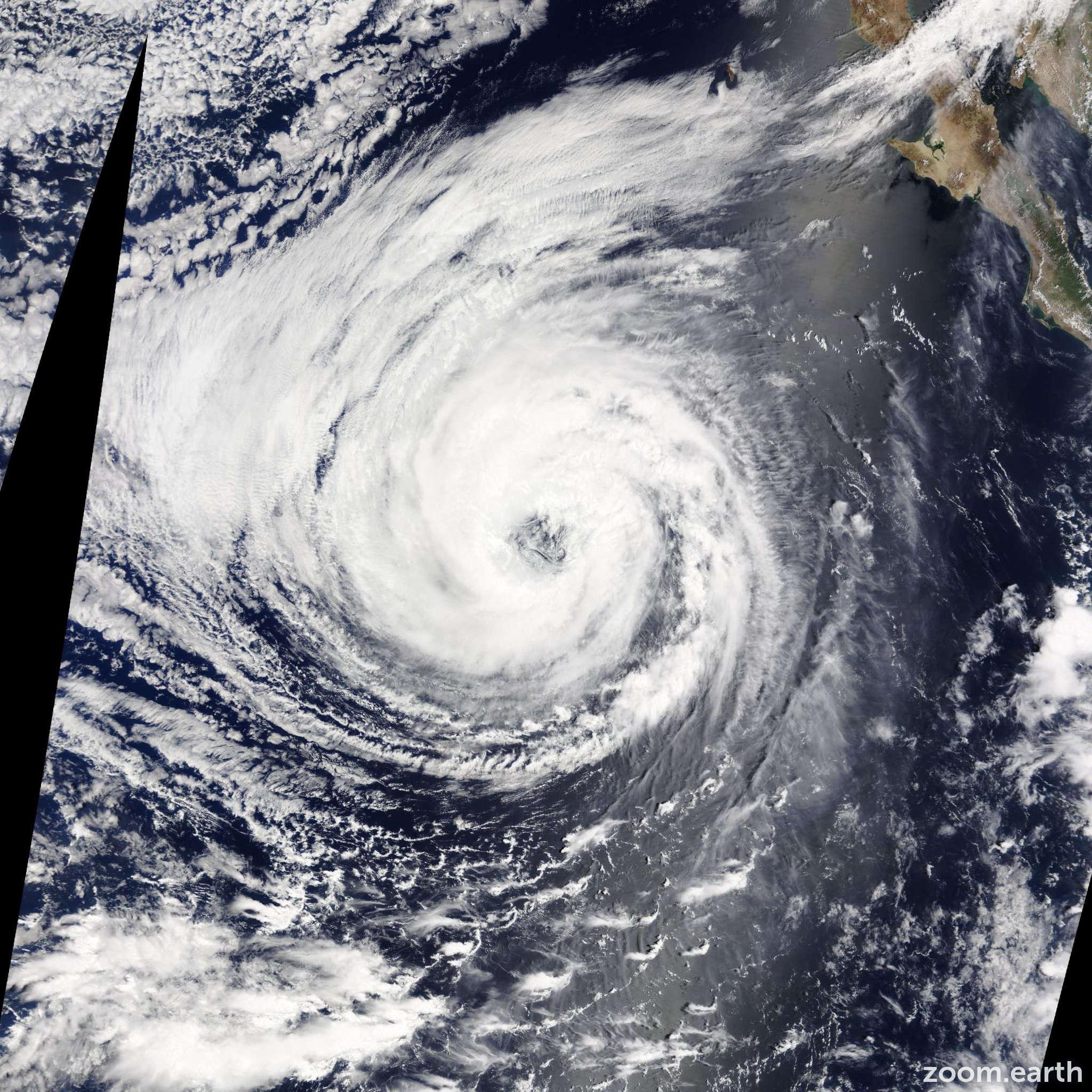 Satellite image of Hurricane Lowell 2014