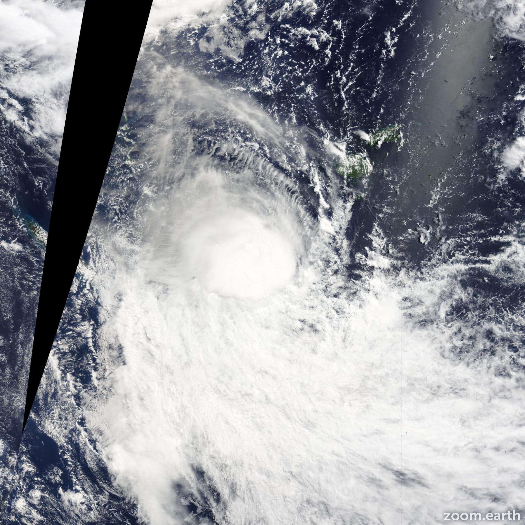 Satellite image of Cyclone Lusi 2014