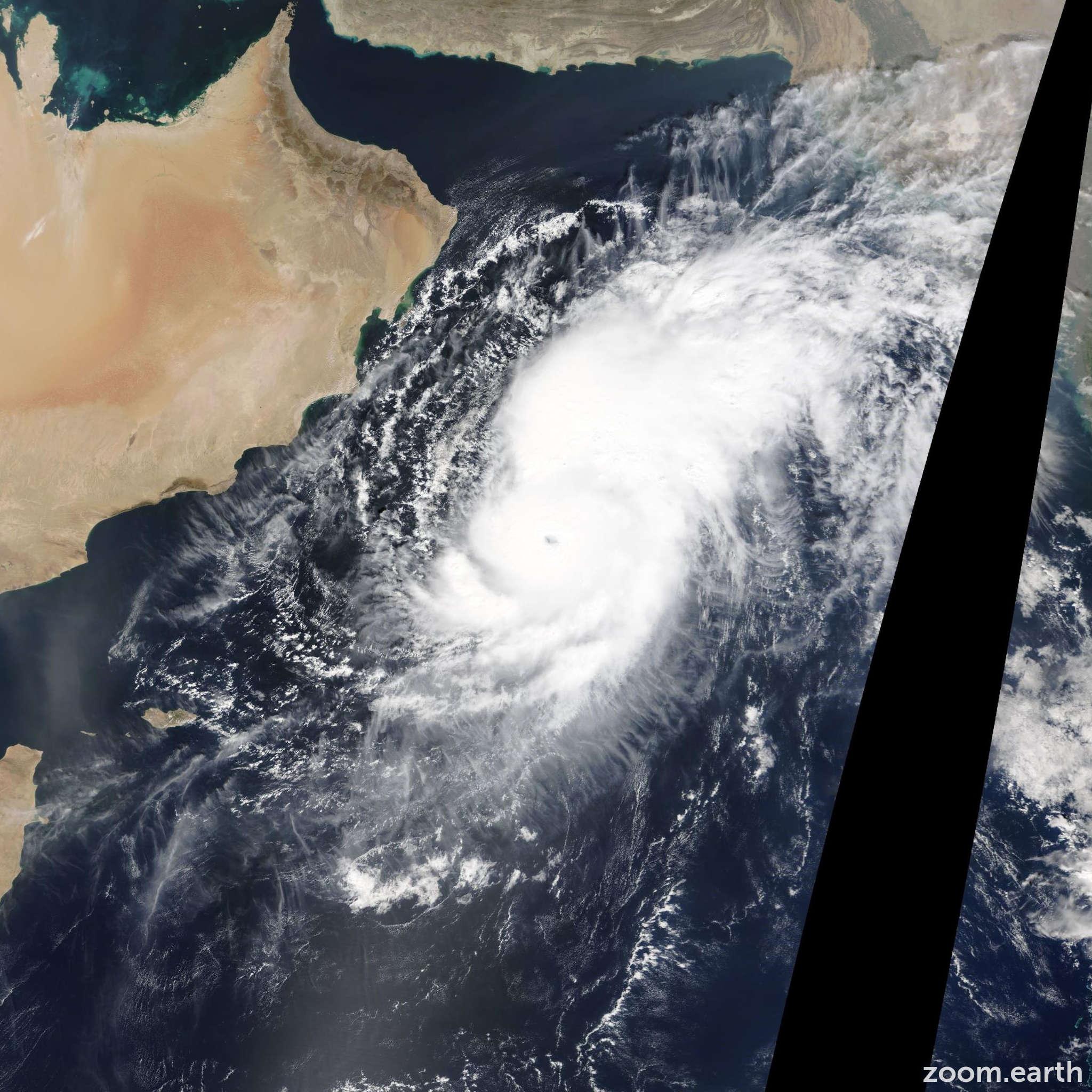 Satellite image of Cyclone Nilofar 2014