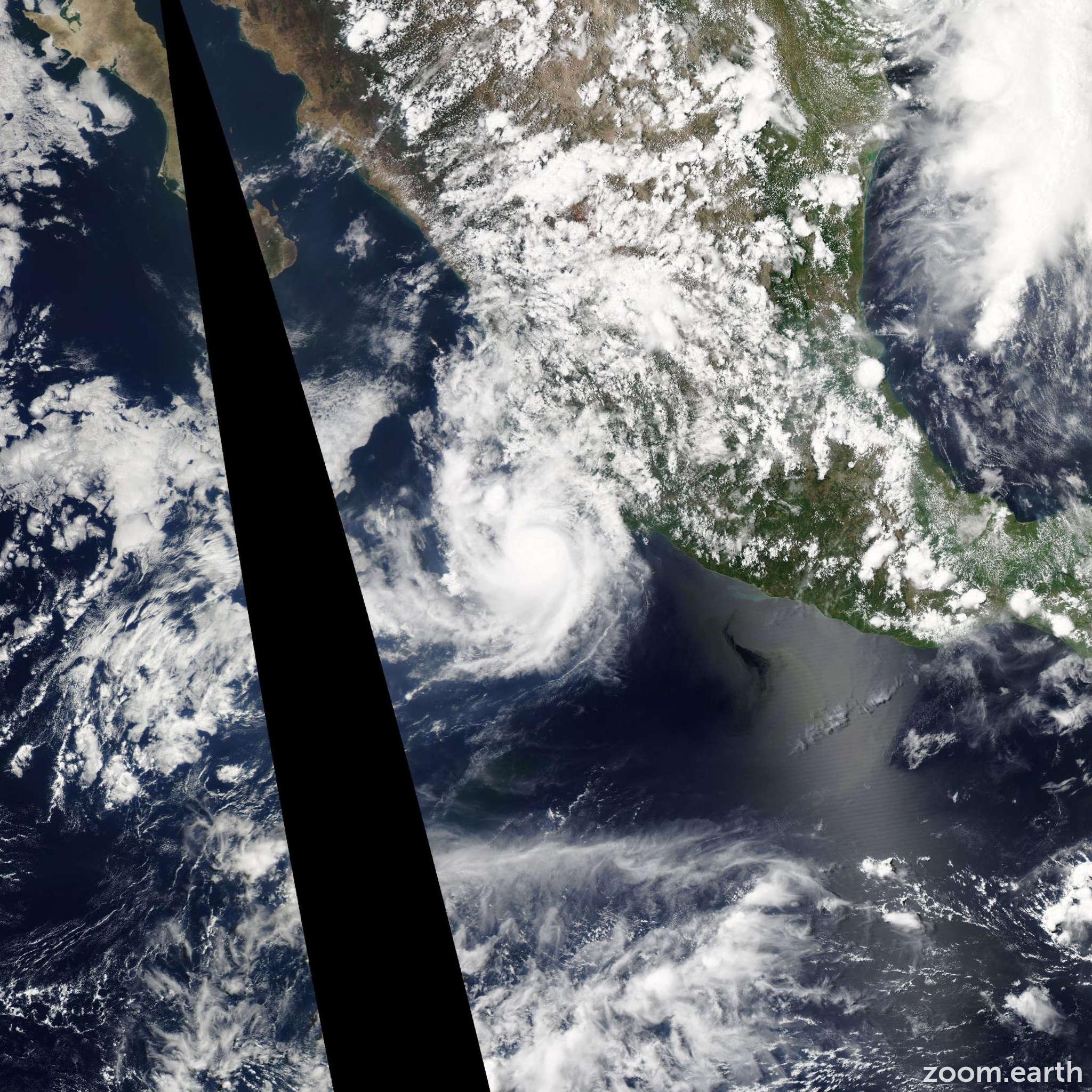 Satellite image of Hurricane Carlos 2015