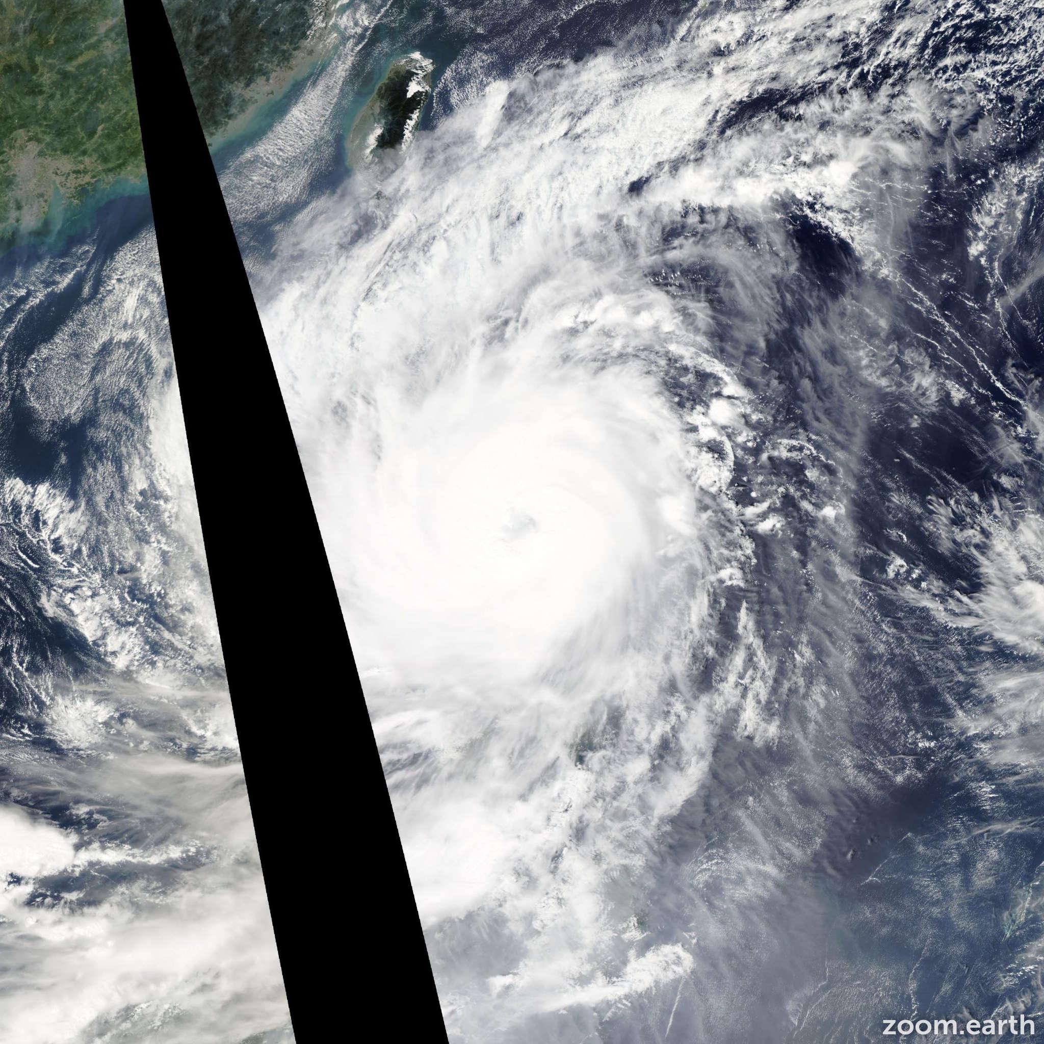 Satellite image of Typhoon Koppu 2015