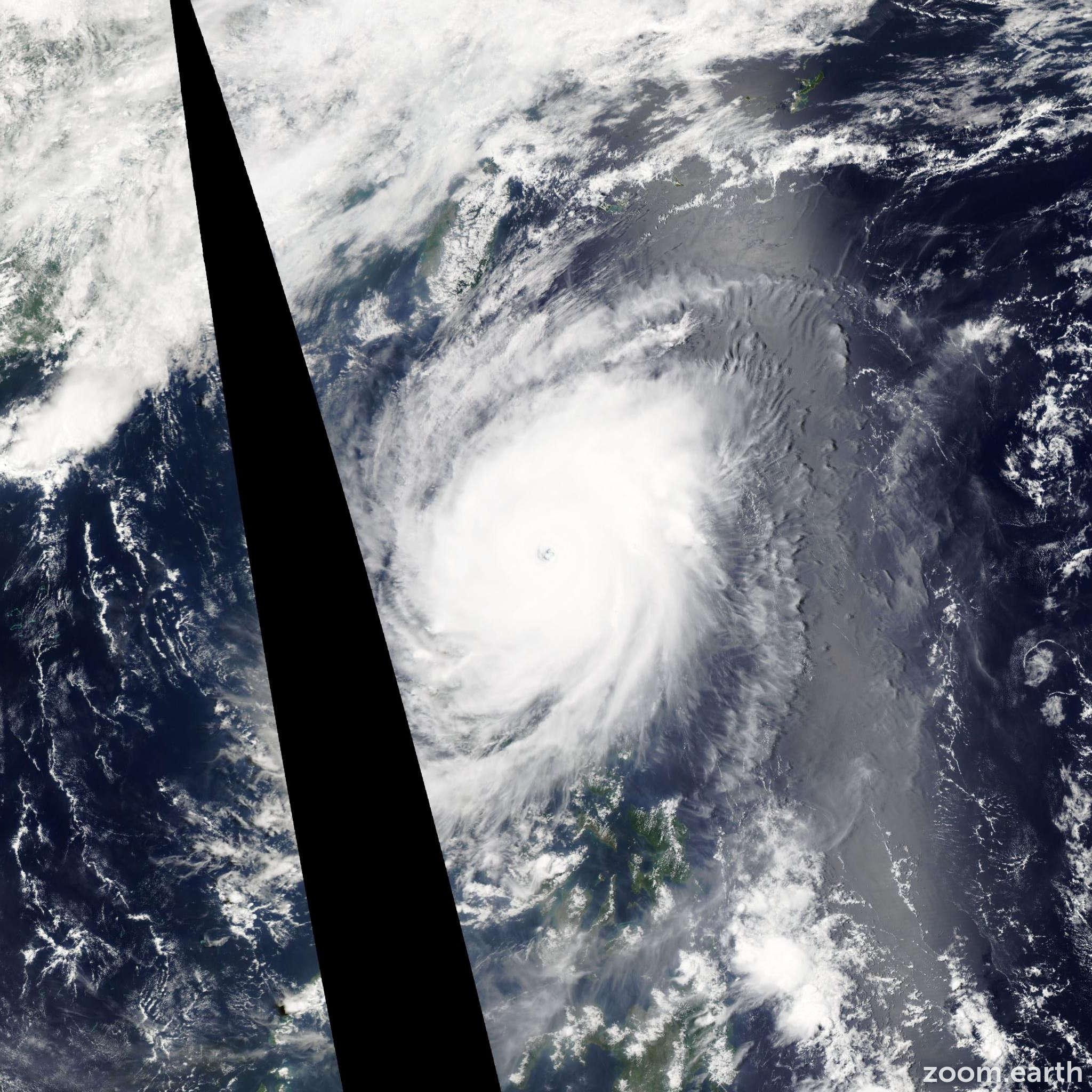 Satellite image of Typhoon Noul 2015
