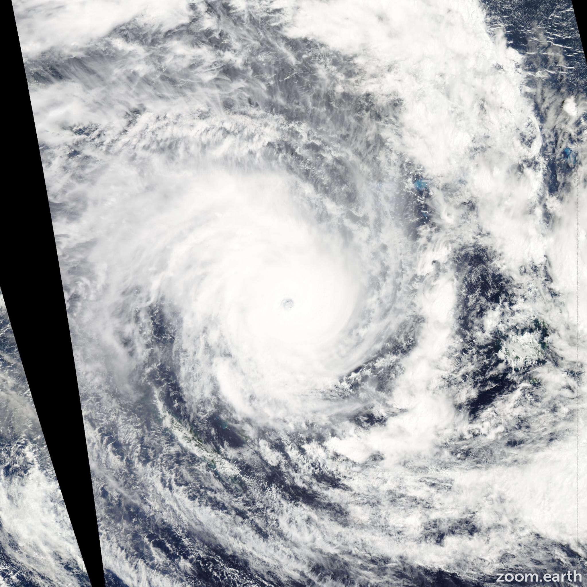 Satellite image of Cyclone Pam 2015