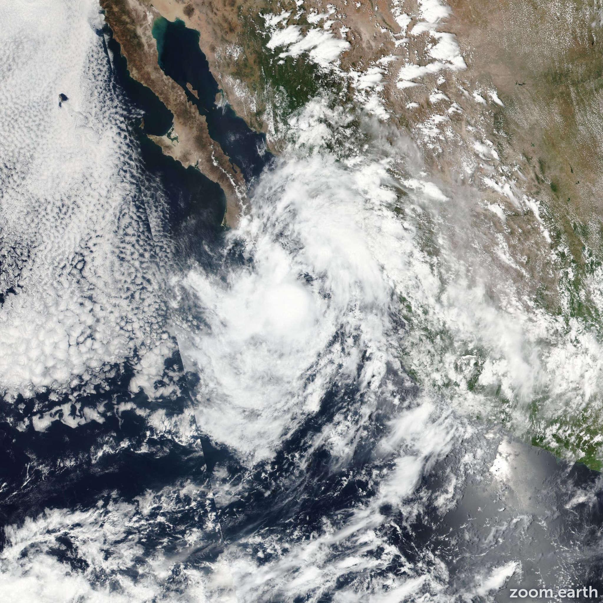 Satellite image of Storm Javier 2016