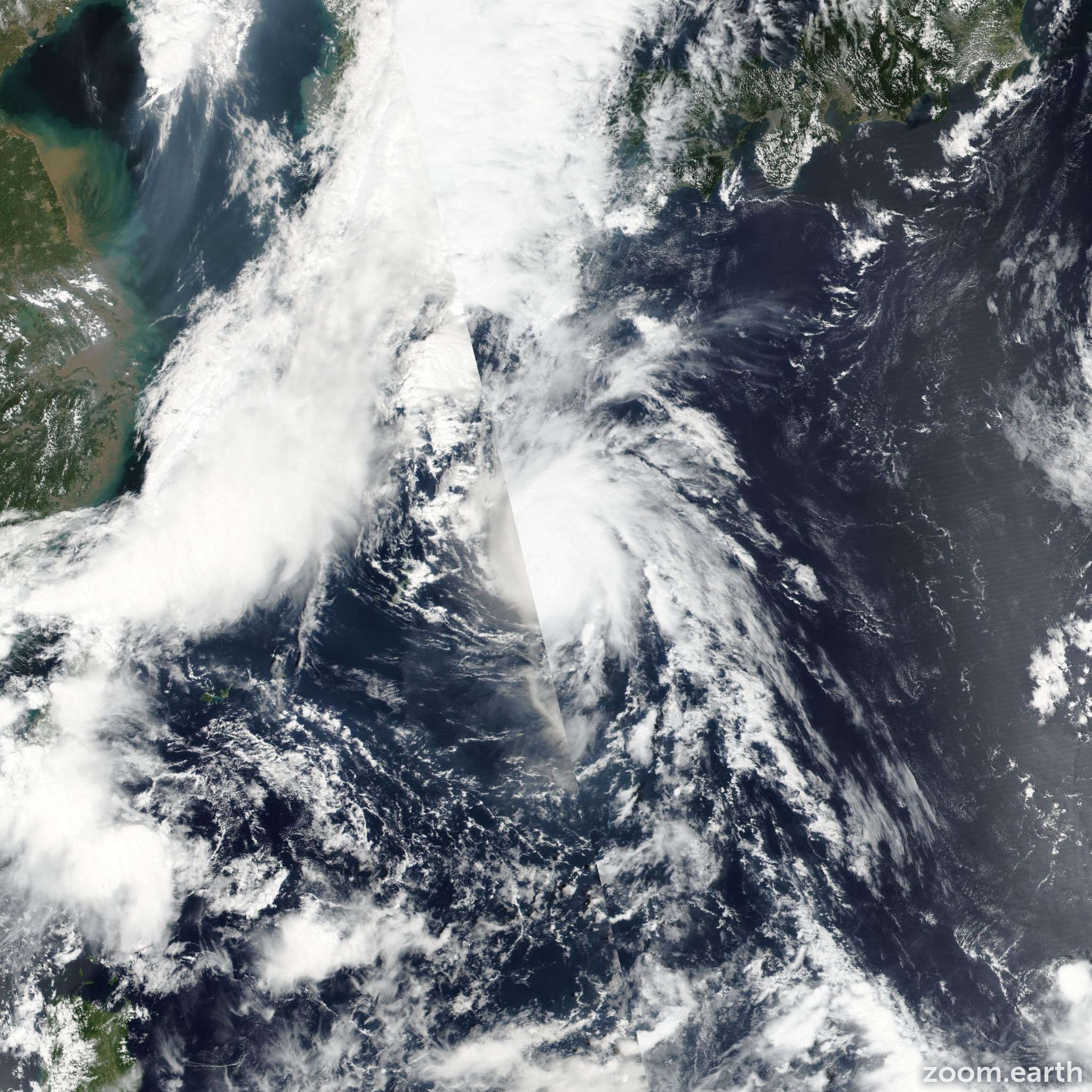 Satellite image of Typhoon Namtheun 2016